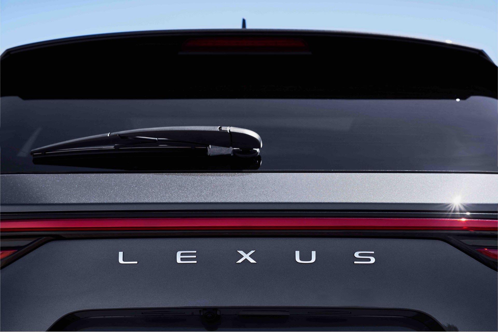 Lexus-NX-71