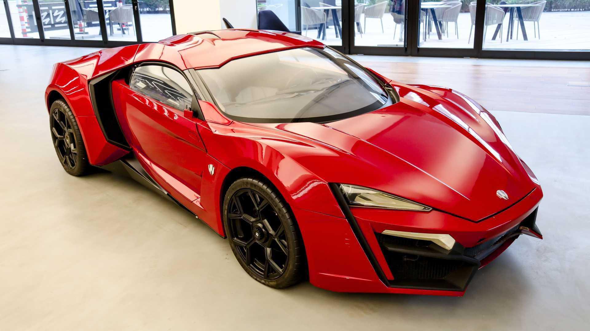 Lykan_HyperSport_stunt_car_sale-0000
