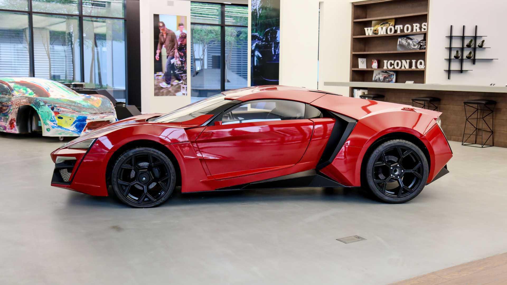Lykan_HyperSport_stunt_car_sale-0004