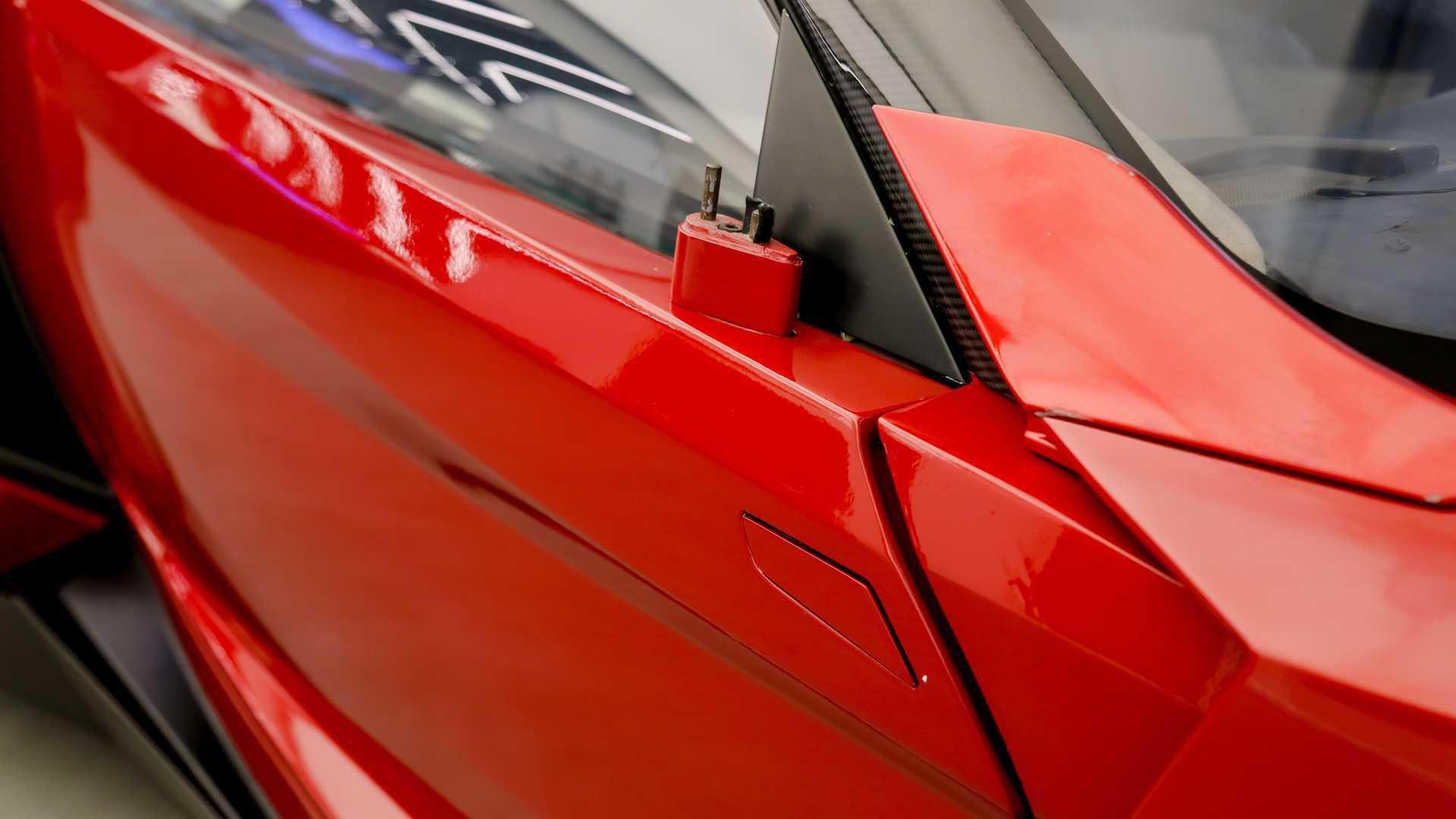 Lykan_HyperSport_stunt_car_sale-0008