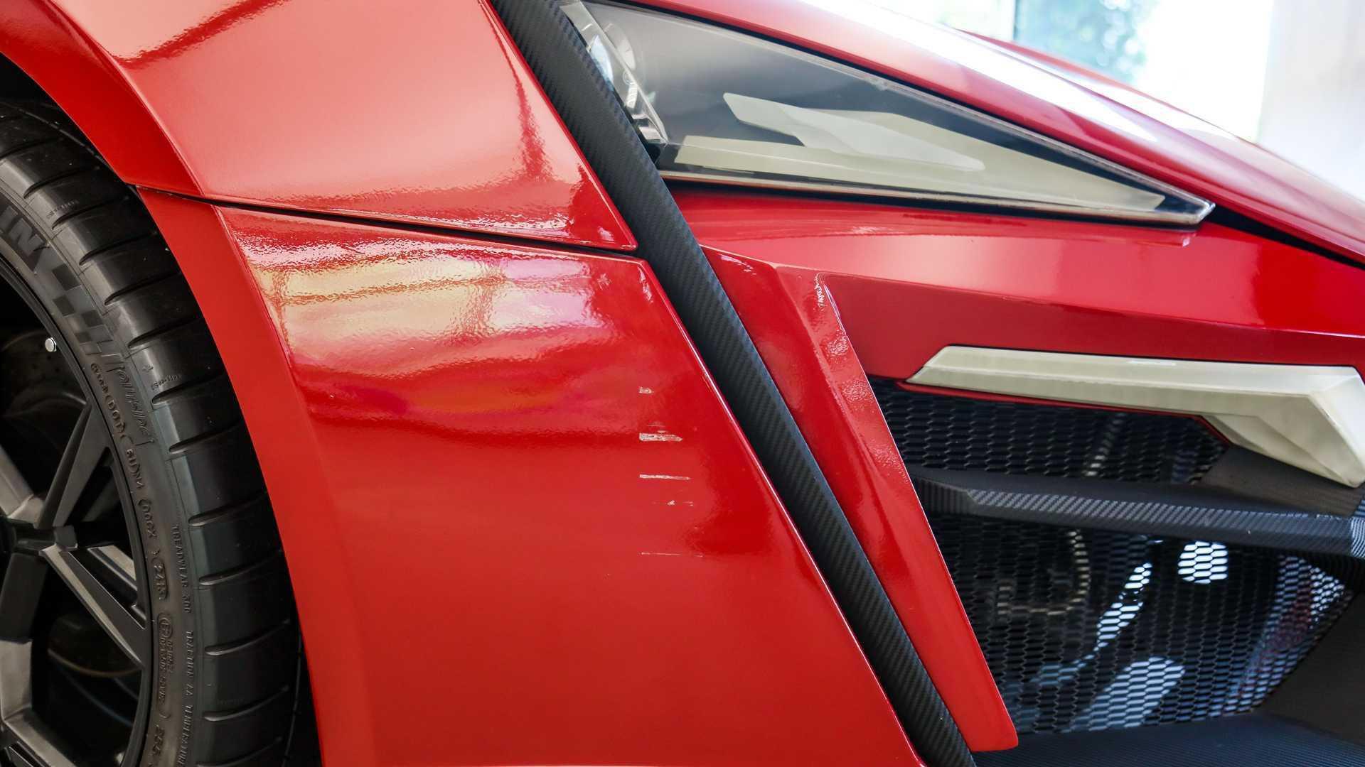 Lykan_HyperSport_stunt_car_sale-0019