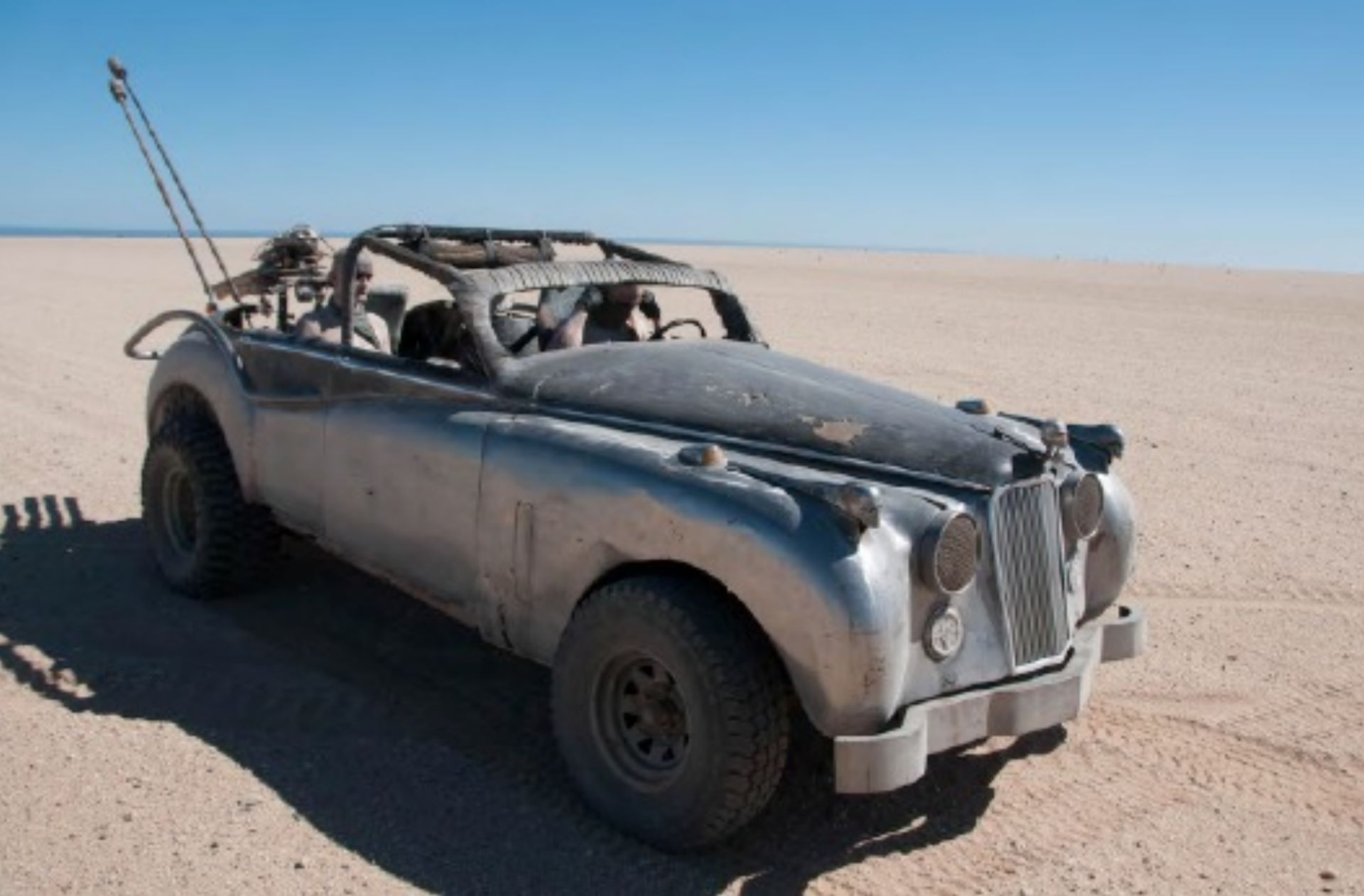 Mad-Max-Fury-Road-cars-for-sale-10