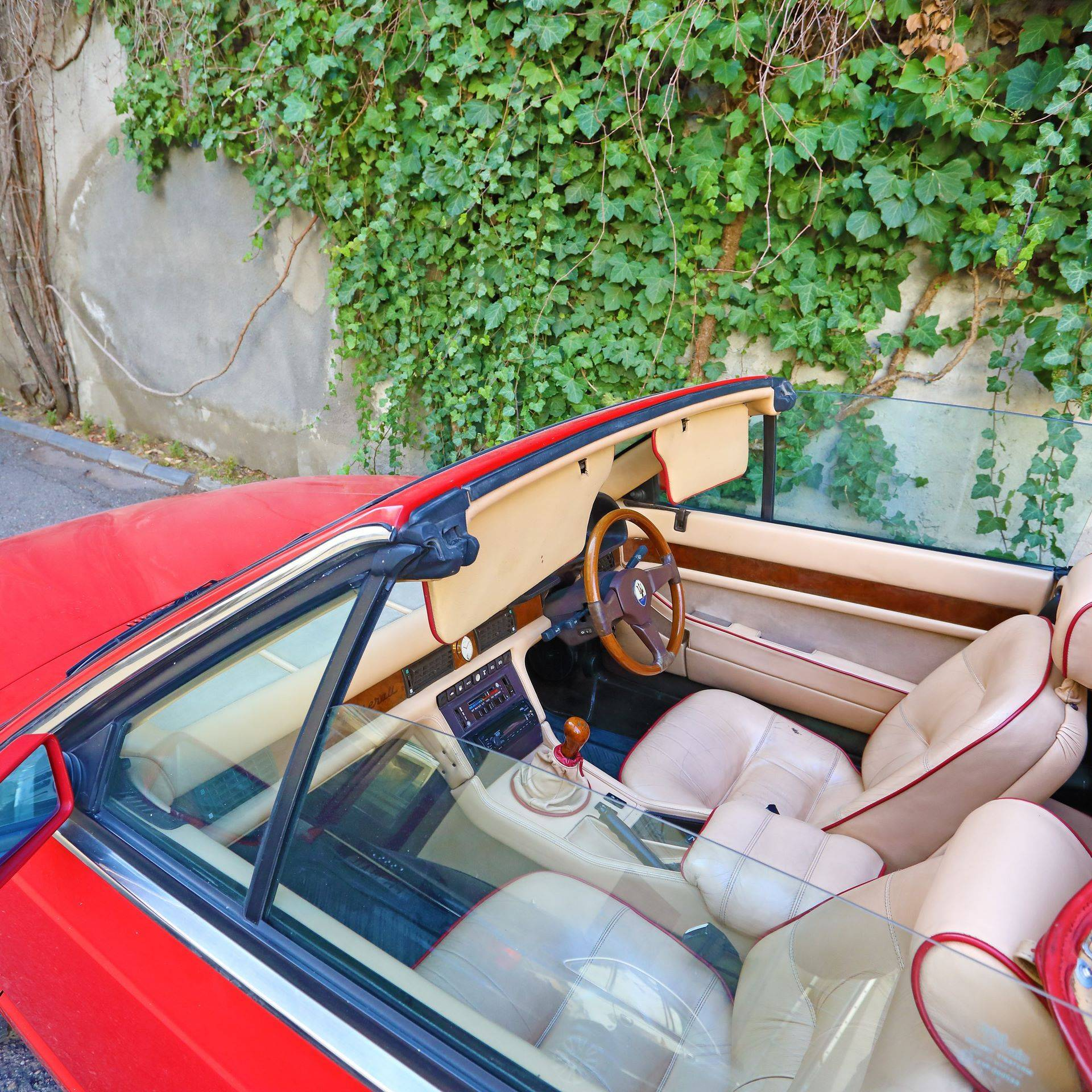 Maserati-Biturbo-Spyder-Elton-John-10