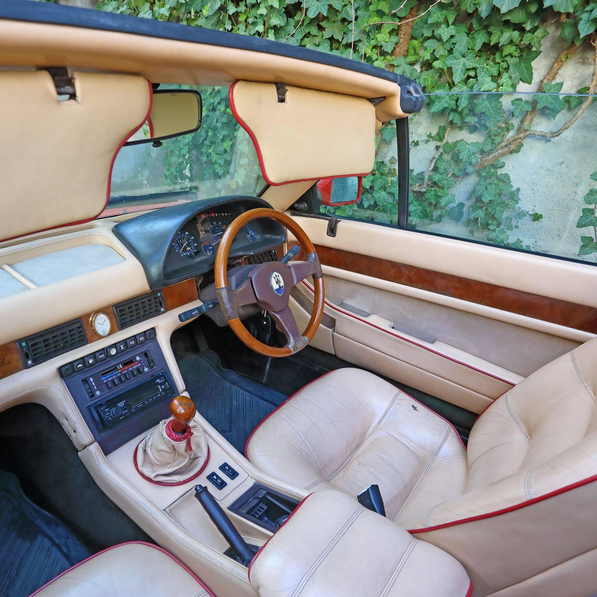 Maserati-Biturbo-Spyder-Elton-John-11