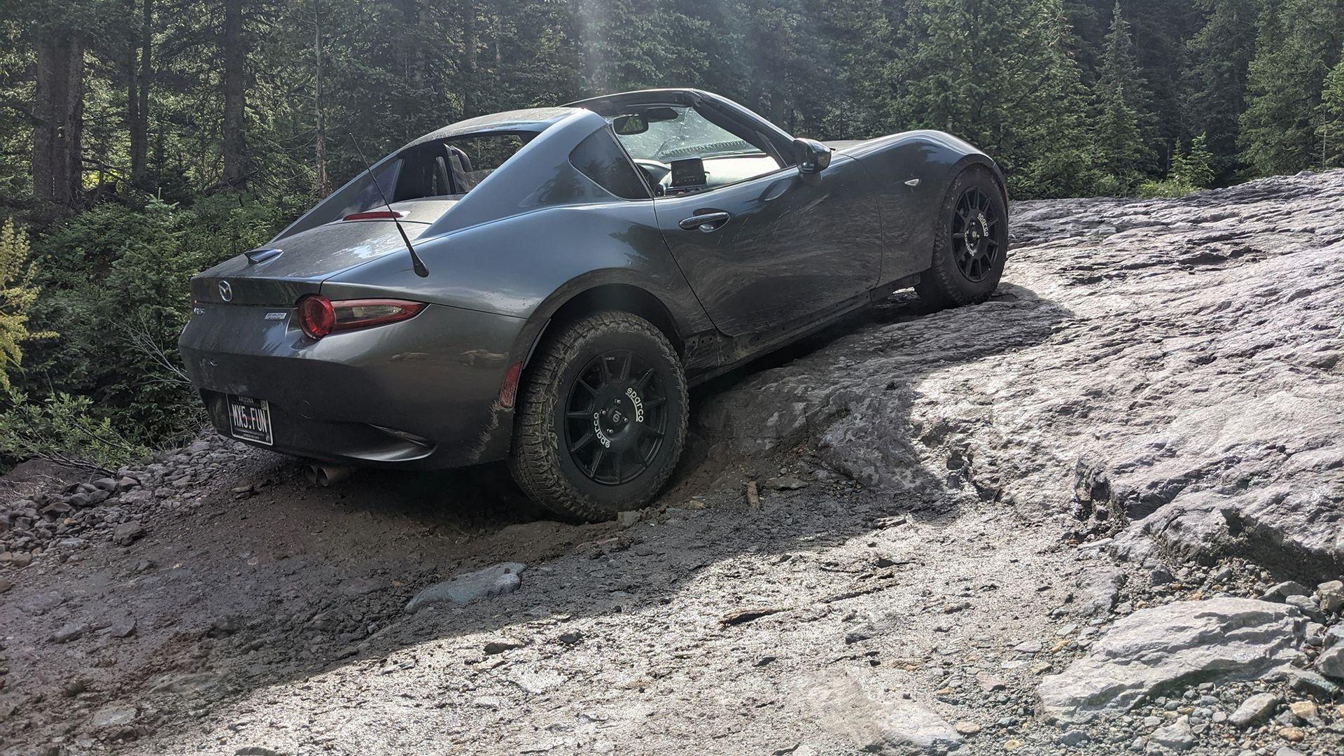 Mazda-MX-5-RF-off-road-3