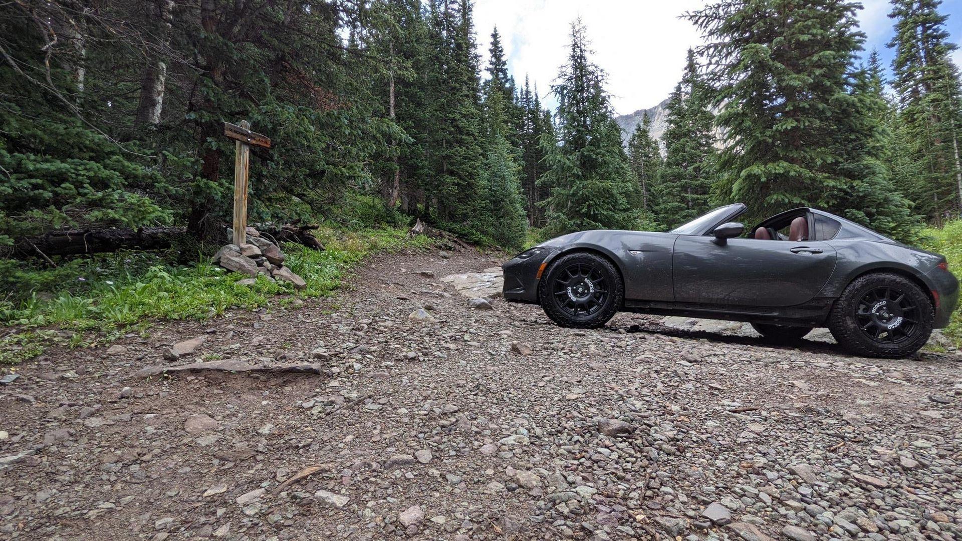 Mazda-MX-5-RF-off-road-6