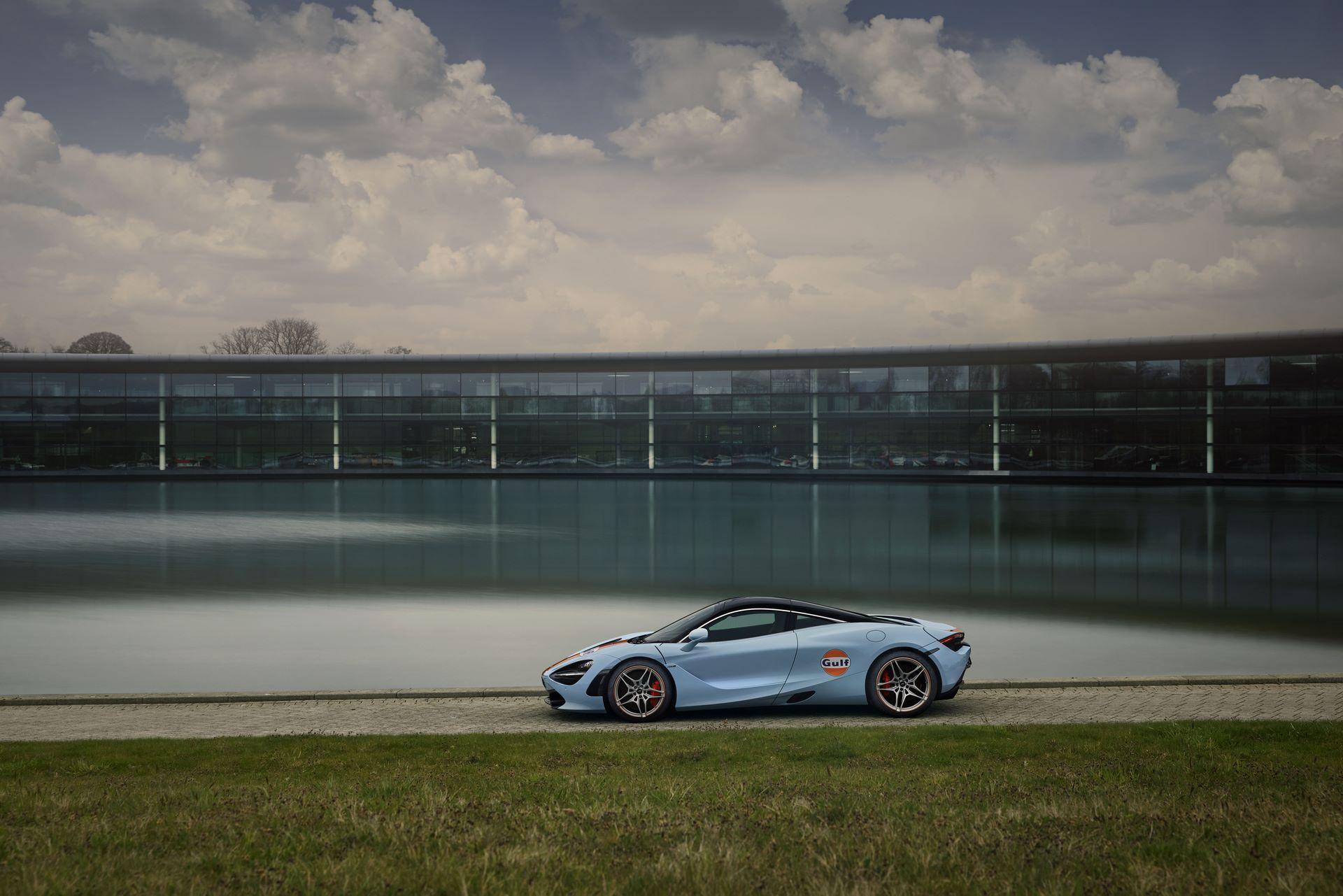 McLaren-720S-with-Gulf-livery-3