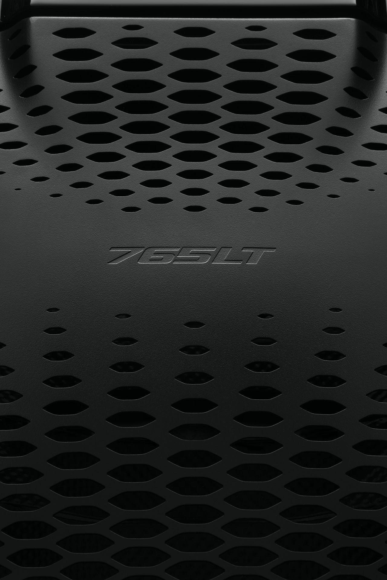 McLaren_765LT_Spider-Studio-18-Reardeck