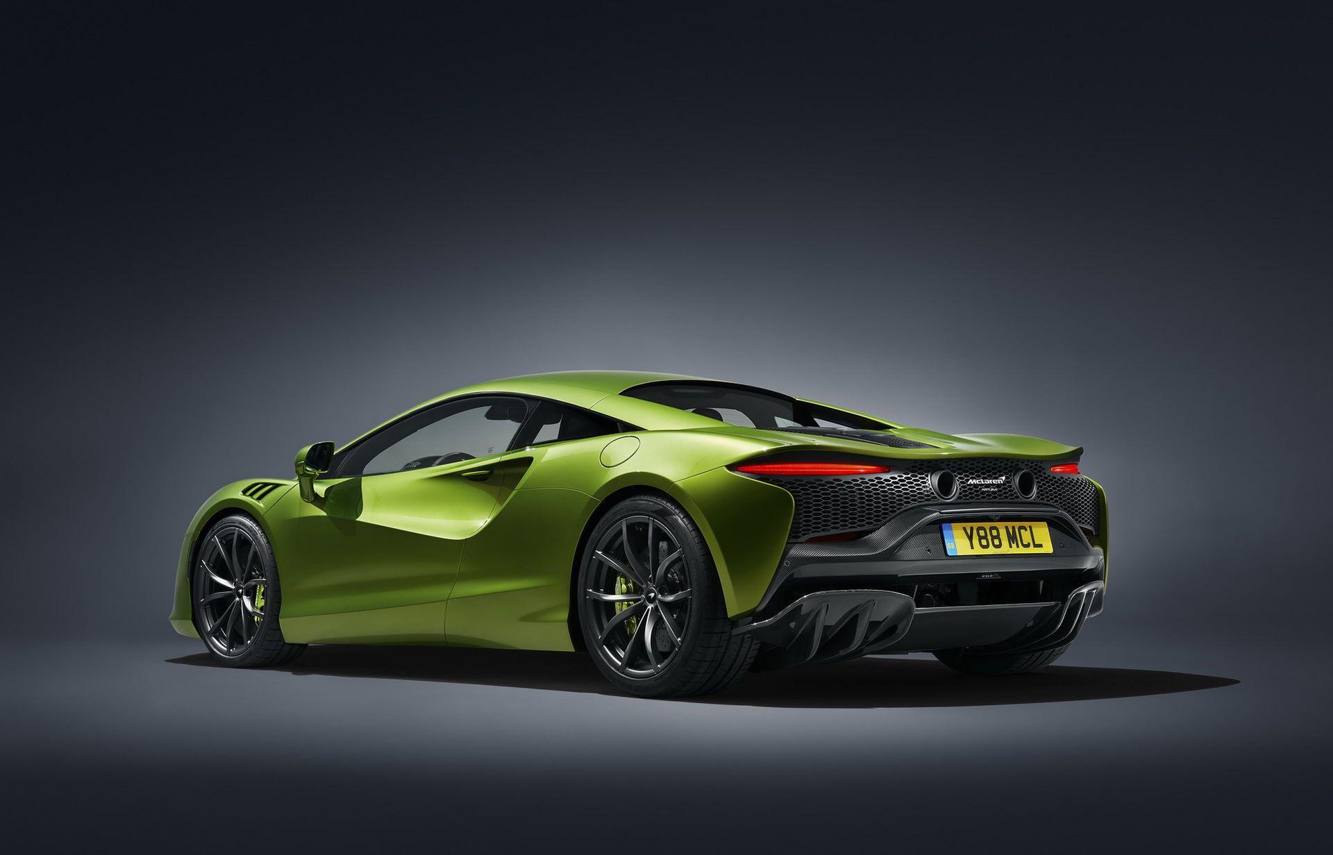 McLaren-Artura-18
