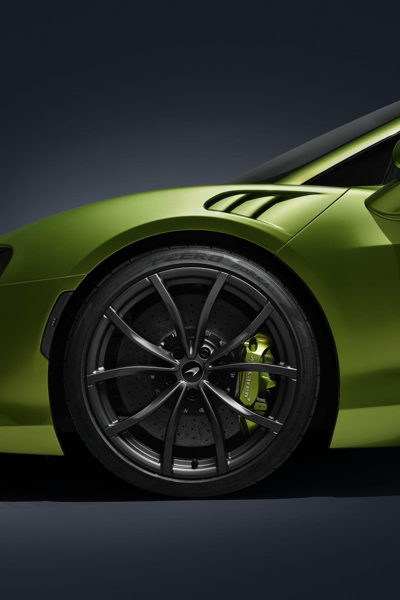 McLaren-Artura-21