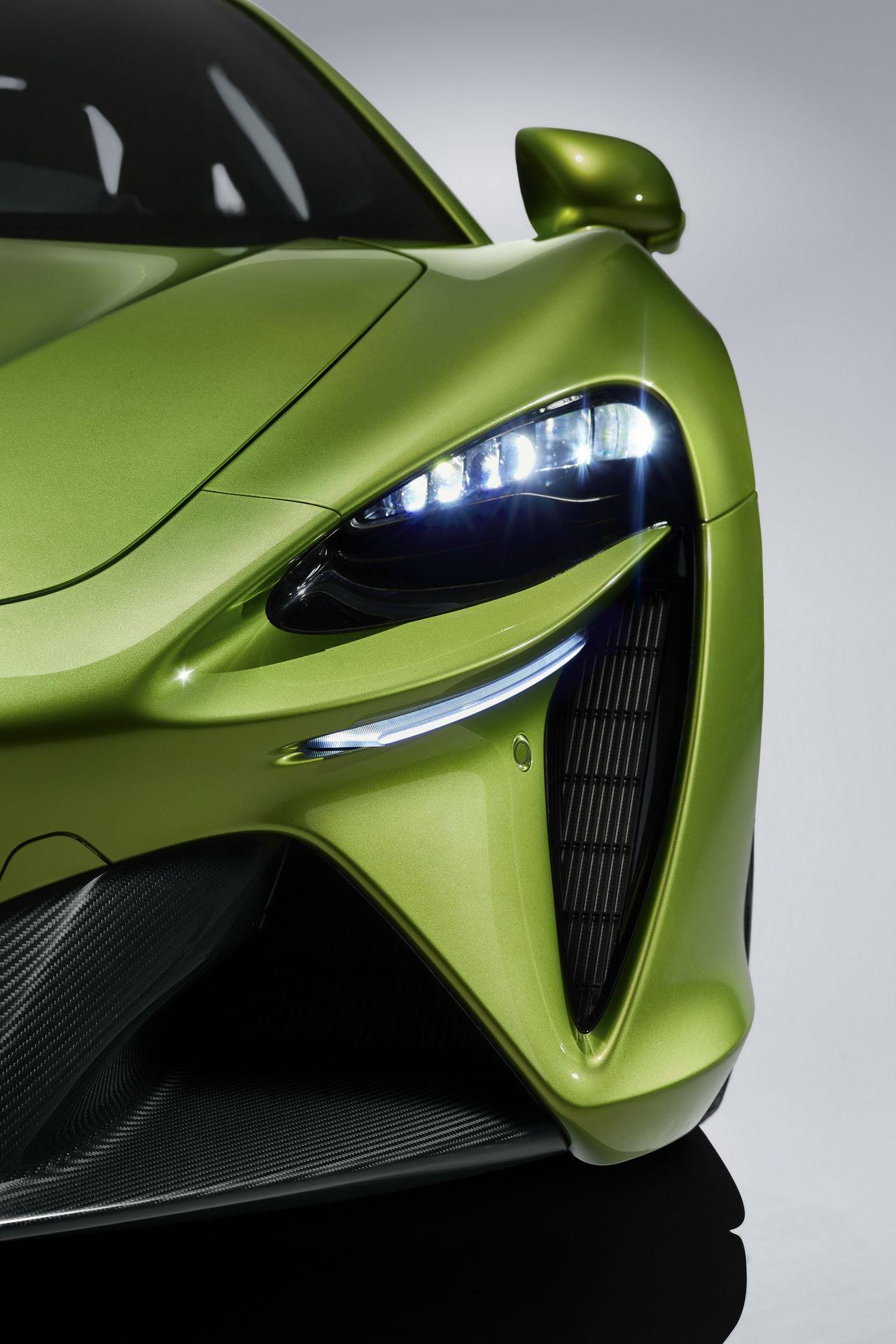 McLaren-Artura-24
