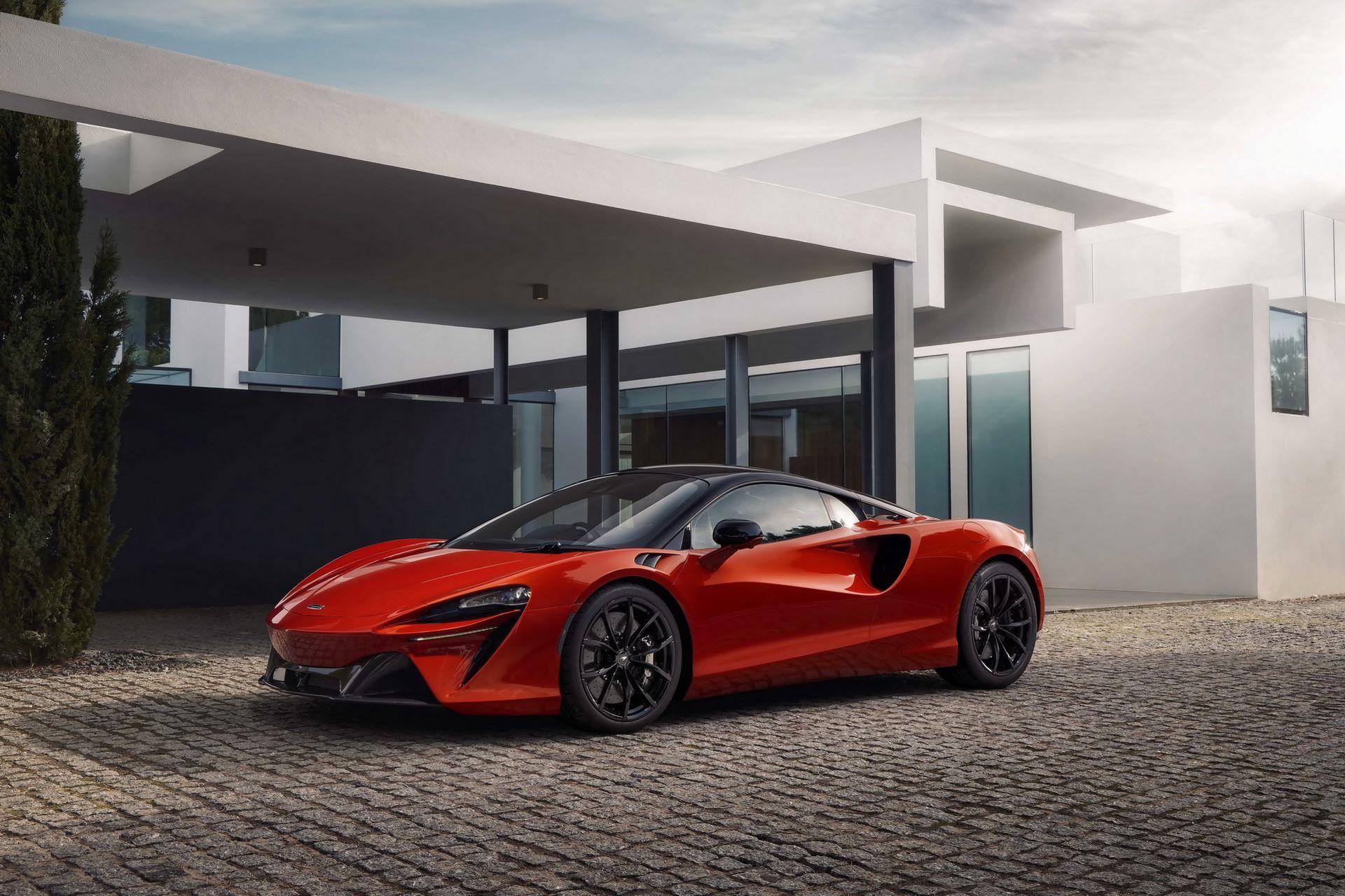 McLaren-Artura-29