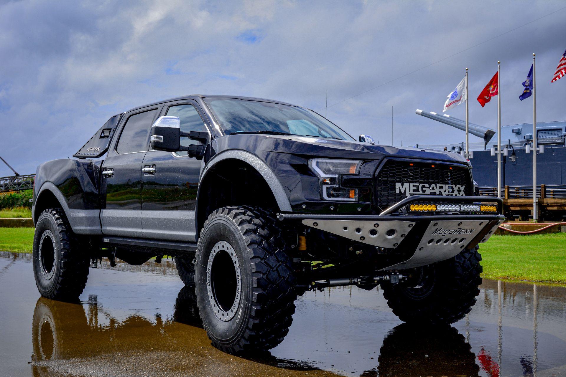 MegaRaptor-by-Megarexx-Trucks-1
