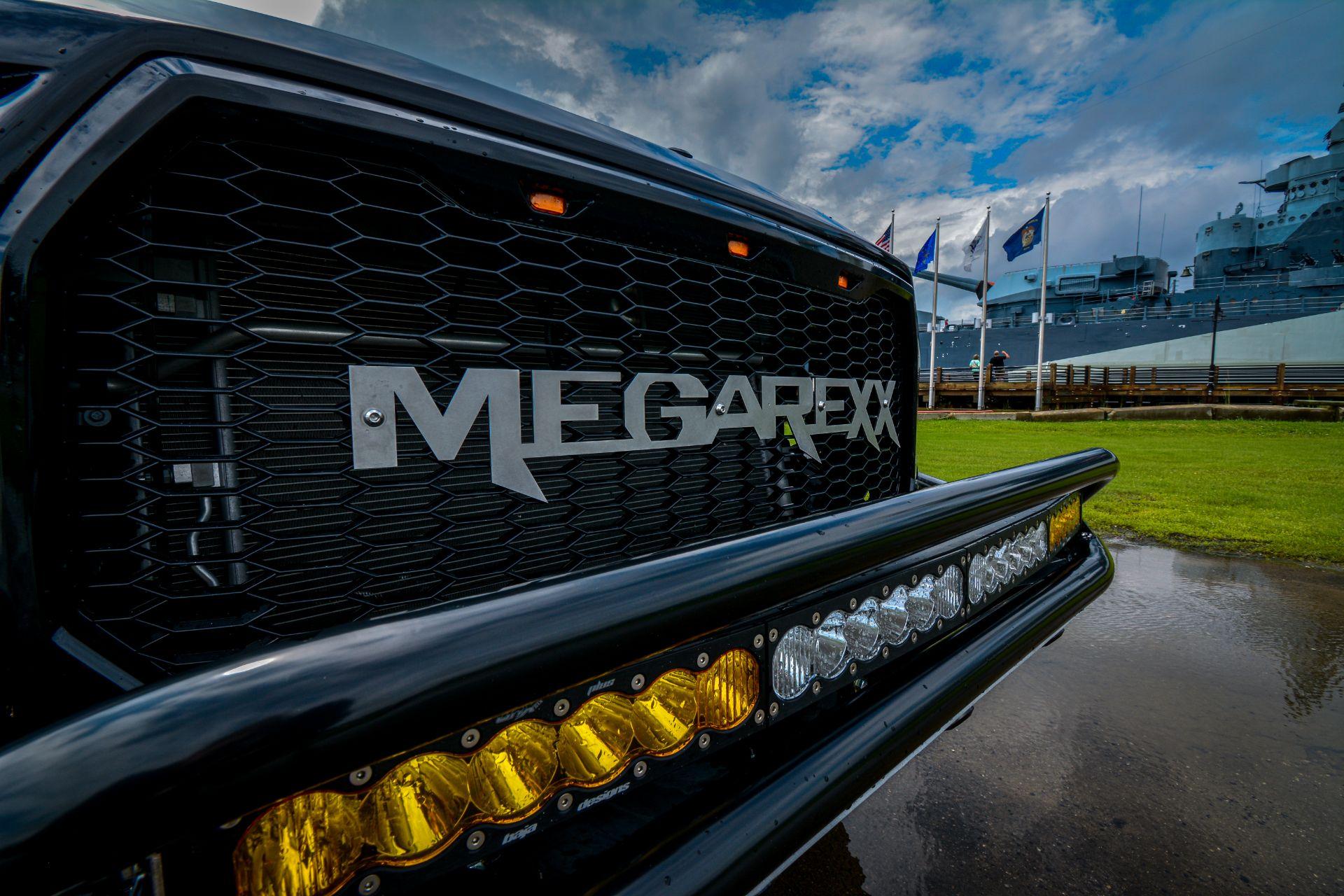 MegaRaptor-by-Megarexx-Trucks-12