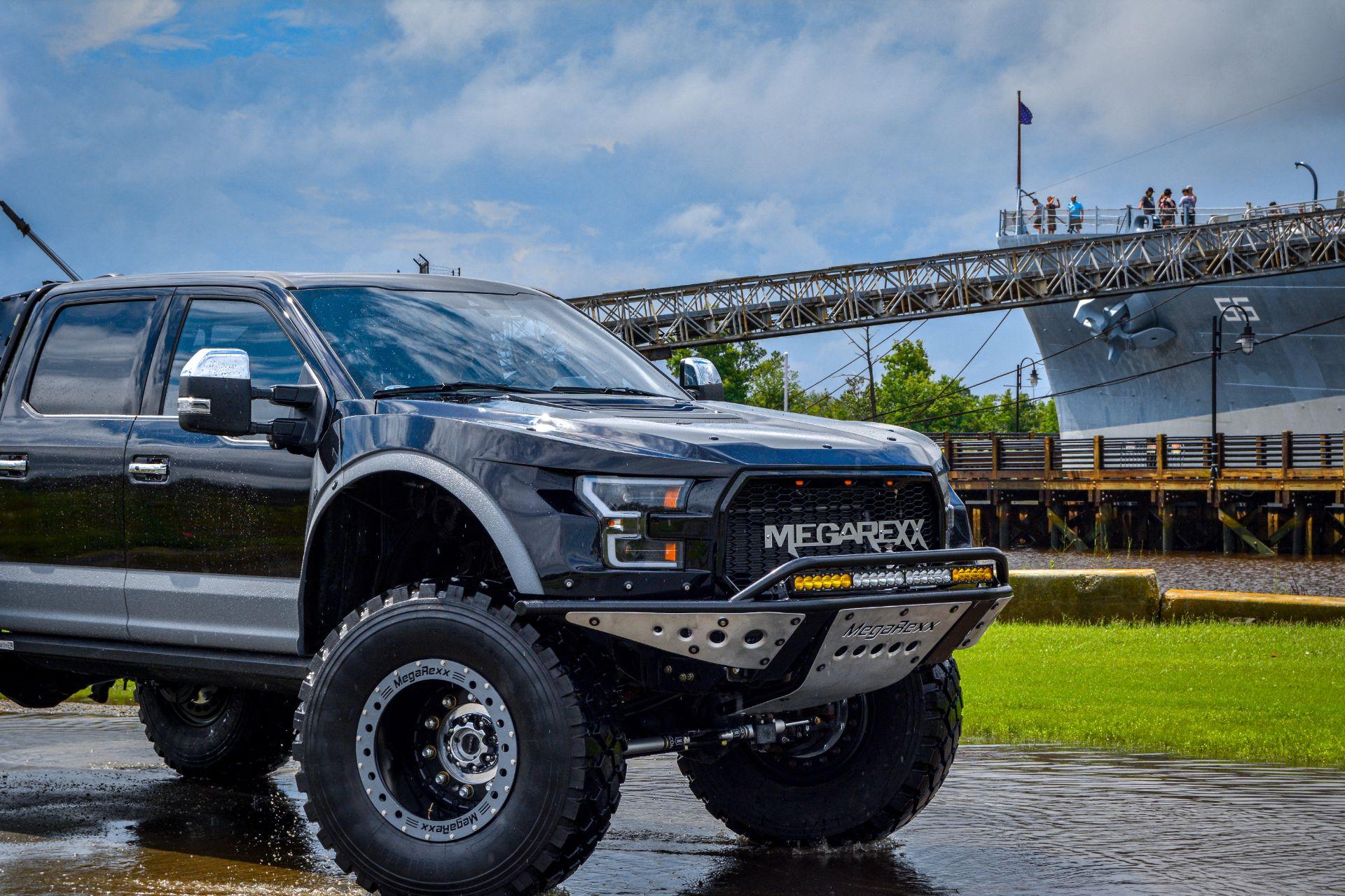 MegaRaptor-by-Megarexx-Trucks-2