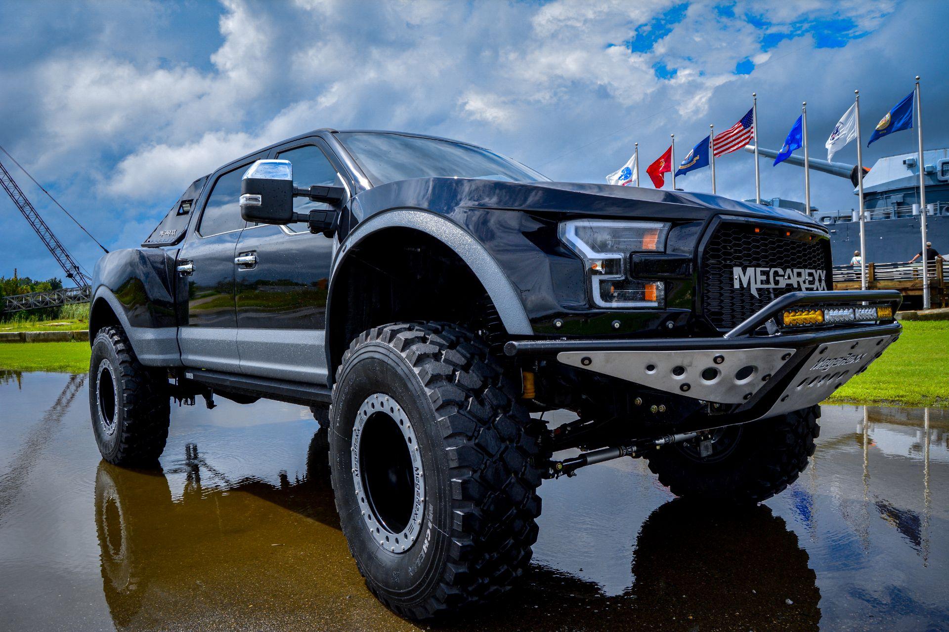 MegaRaptor-by-Megarexx-Trucks-3