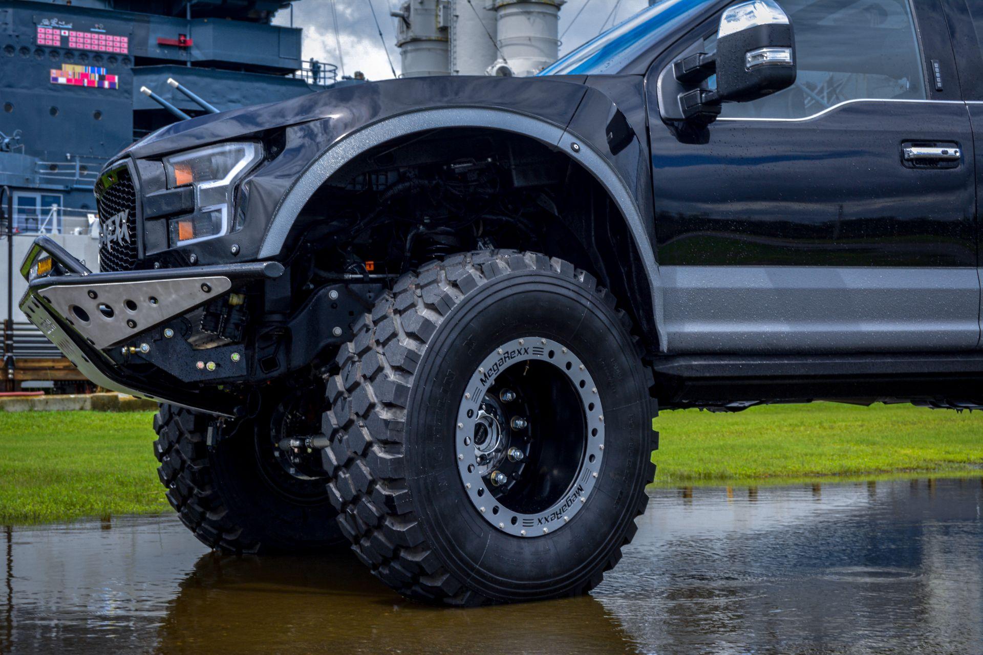 MegaRaptor-by-Megarexx-Trucks-6