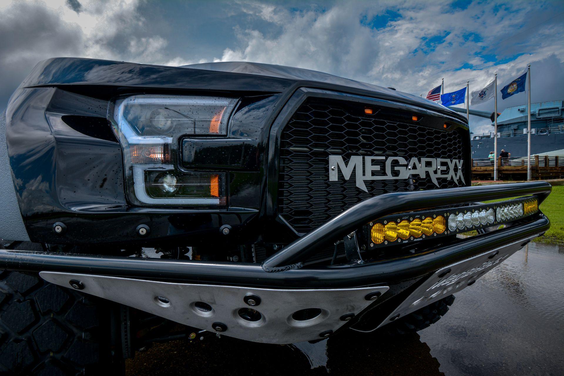 MegaRaptor-by-Megarexx-Trucks-8