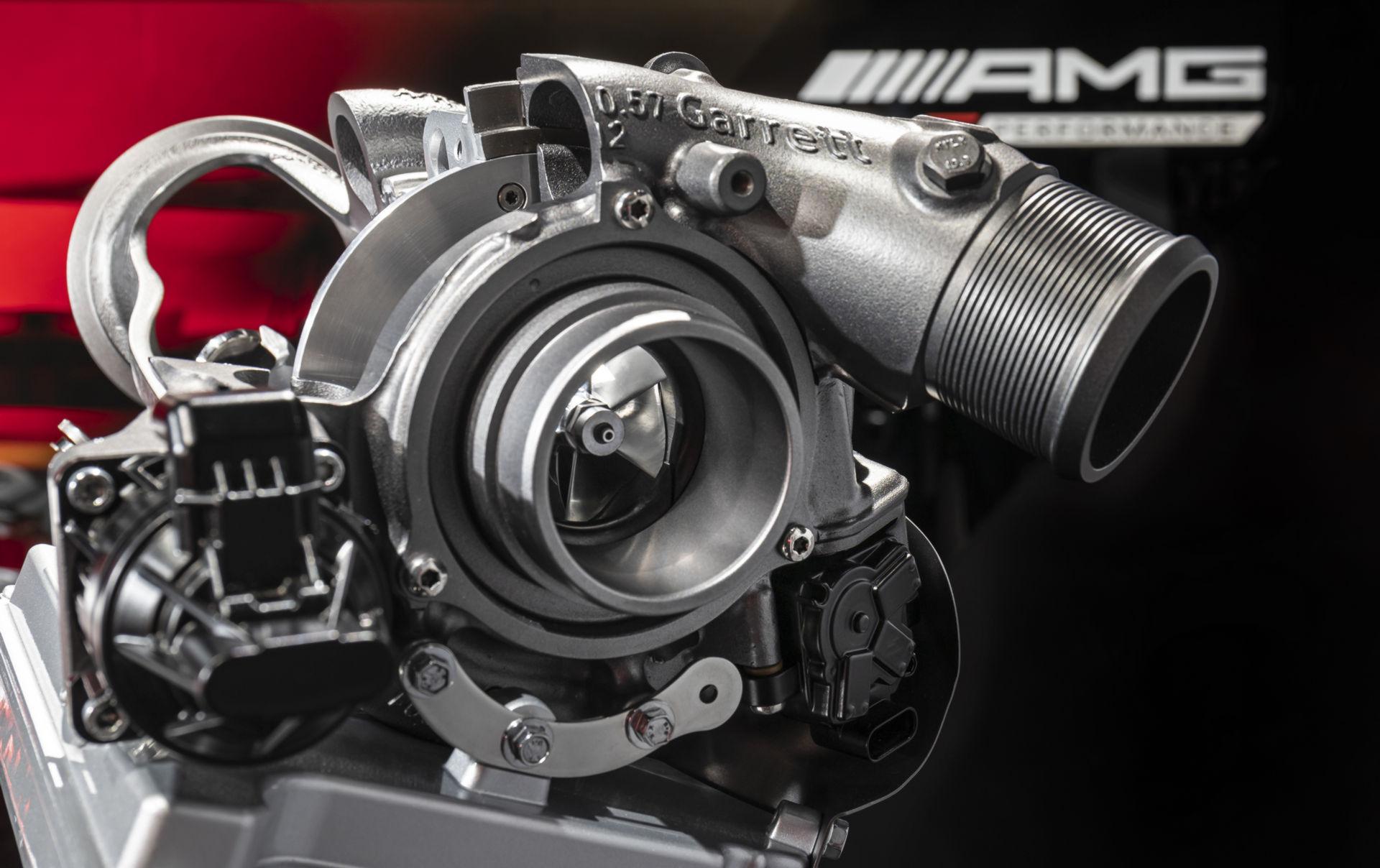 Mercedes-AMG-Ev-hybrid-25