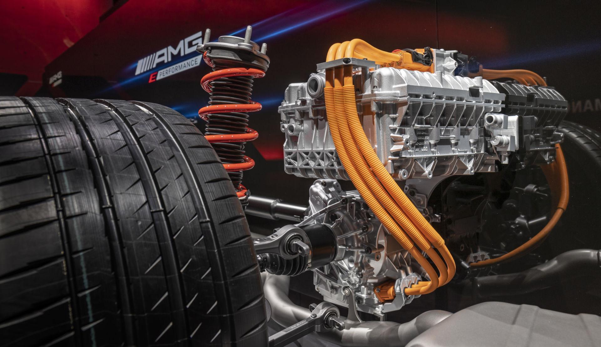 Mercedes-AMG-Ev-hybrid-29