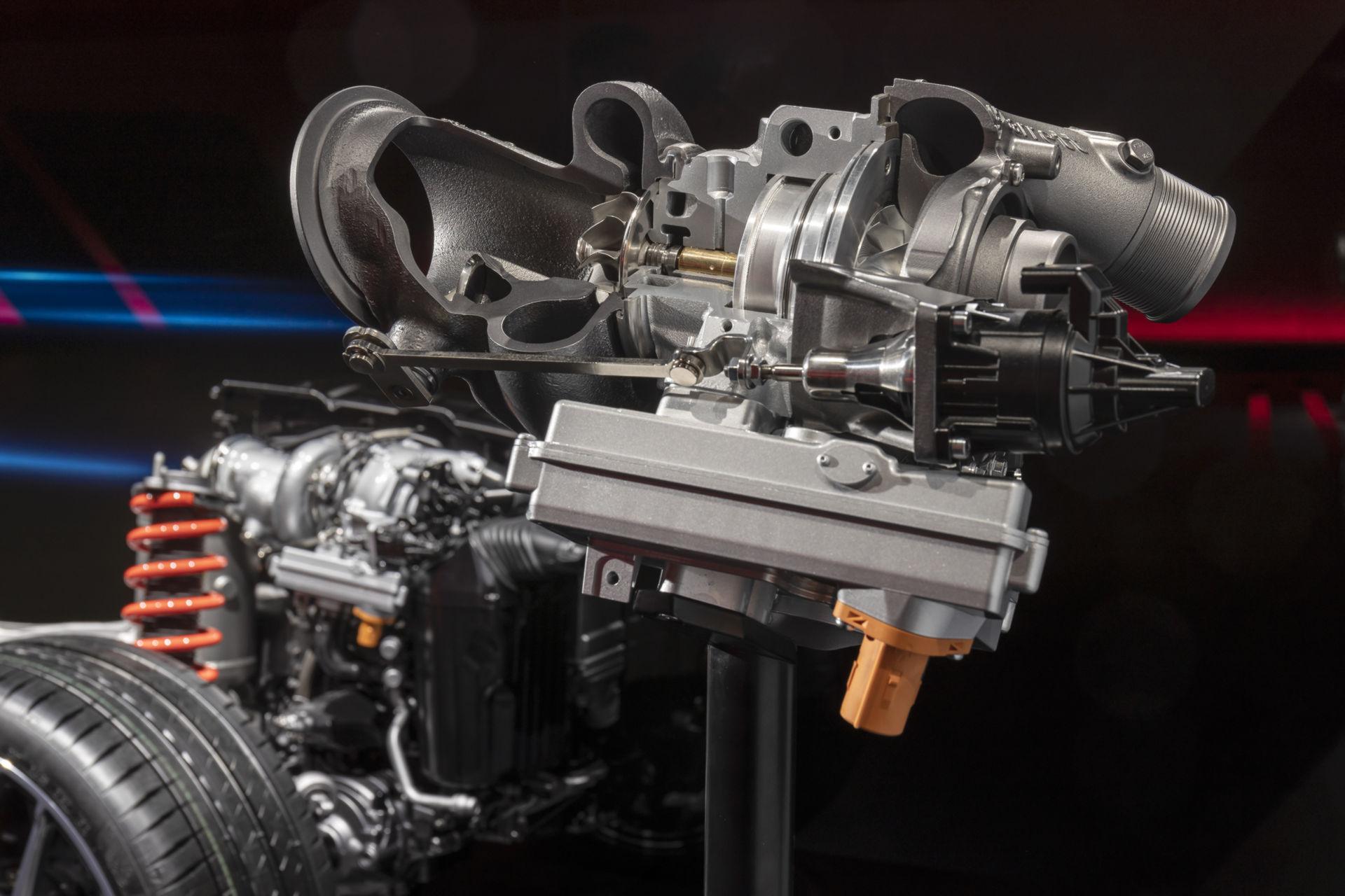 Mercedes-AMG-Ev-hybrid-31