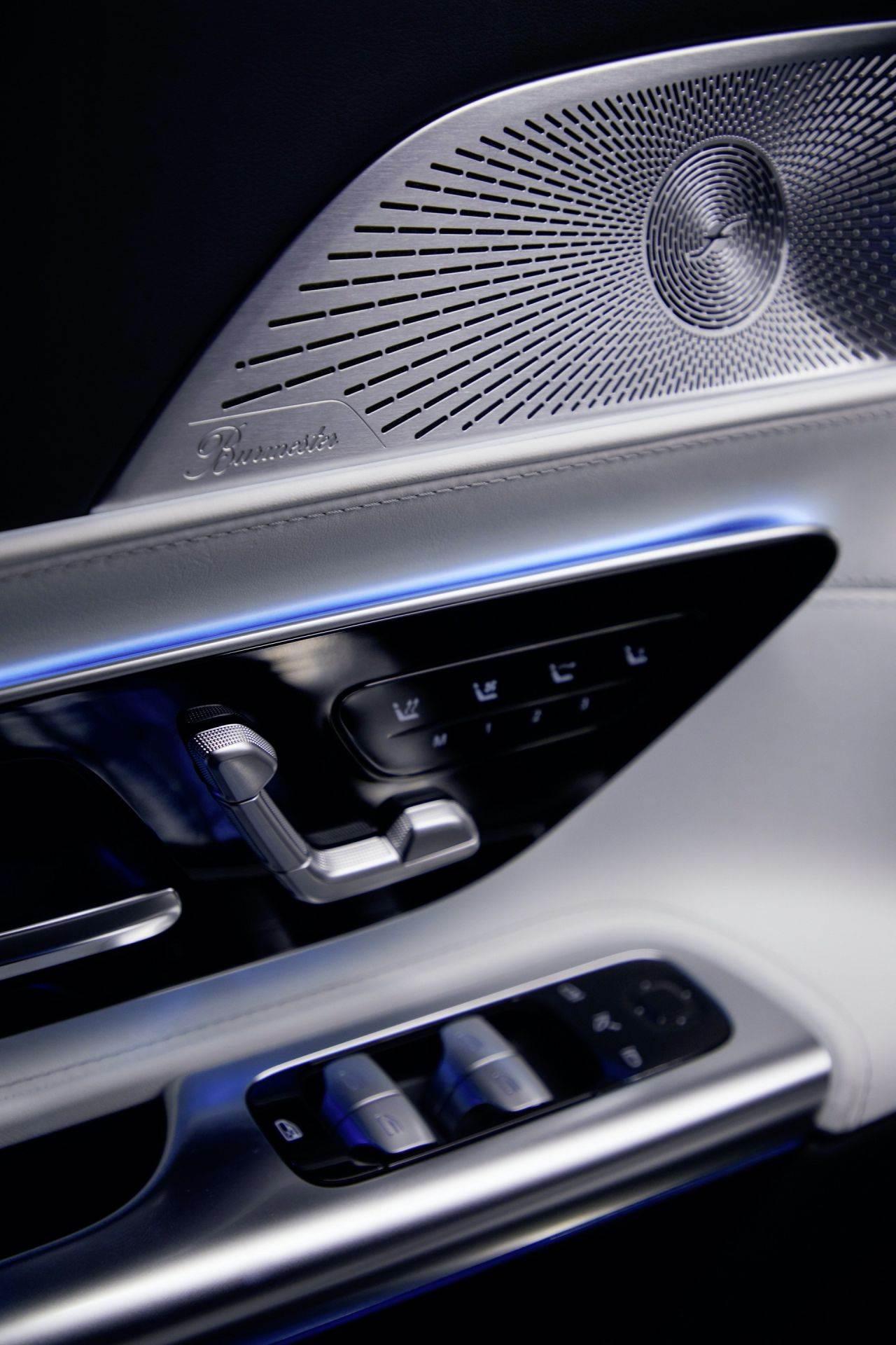 2023-Mercedes-AMG-SL-12_1920x2880
