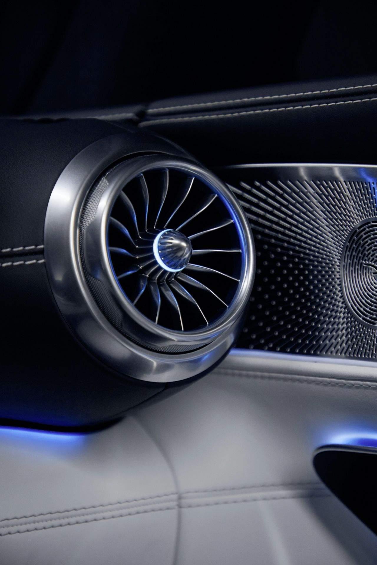 2023-Mercedes-AMG-SL-13_1920x2880