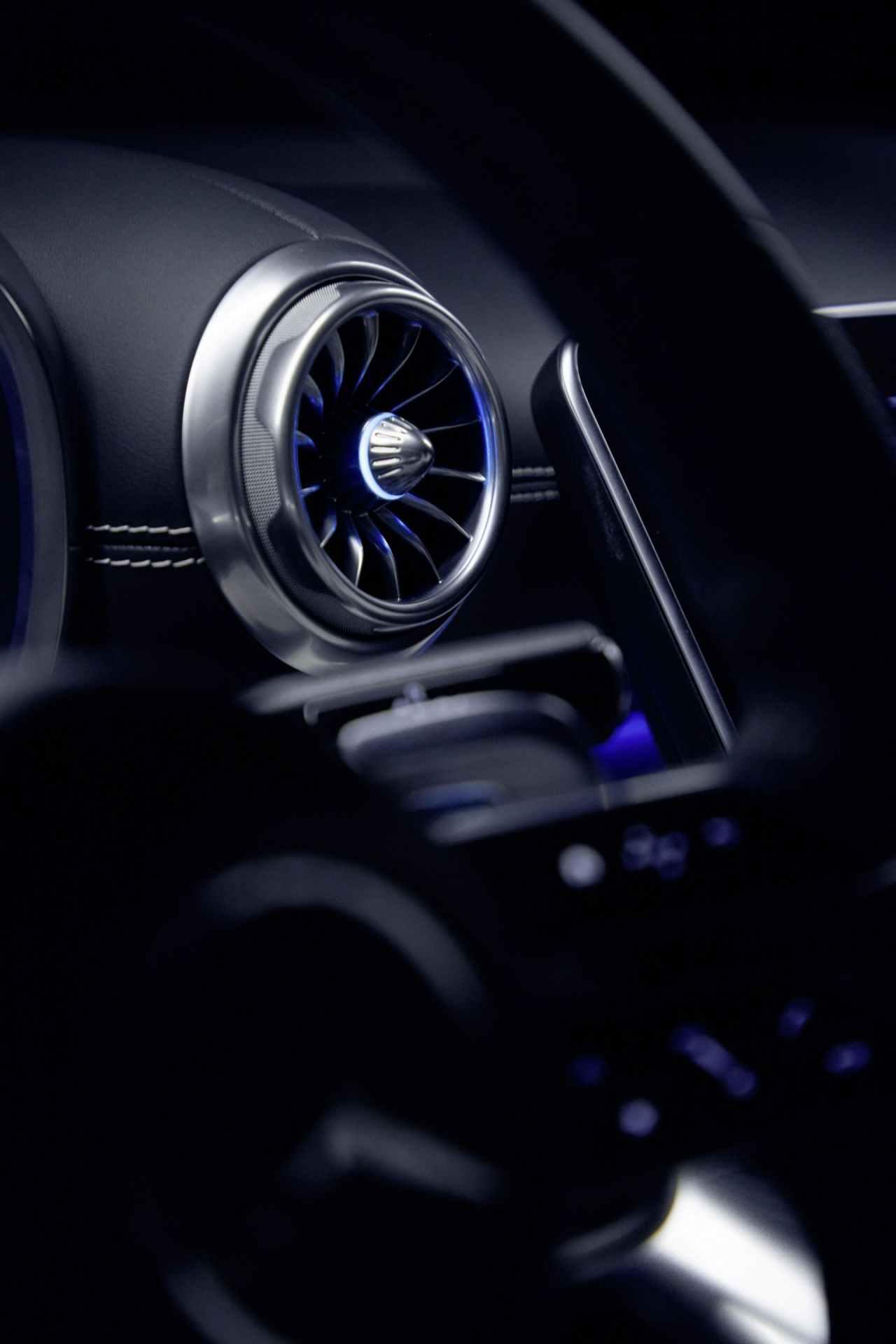 2023-Mercedes-AMG-SL-15_1920x2880