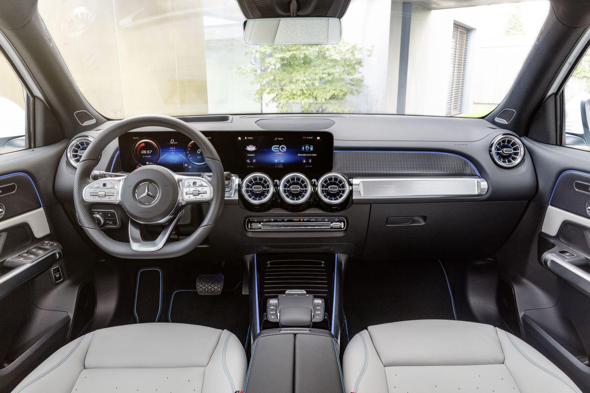 Mercedes-Benz-EQB-34