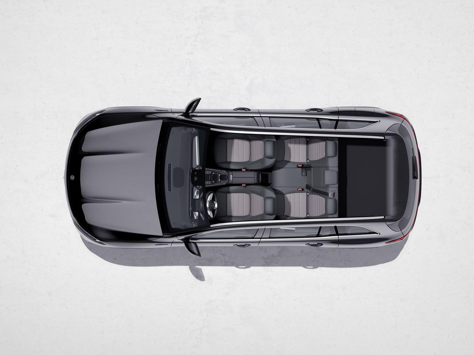 Mercedes-Benz-EQB-38