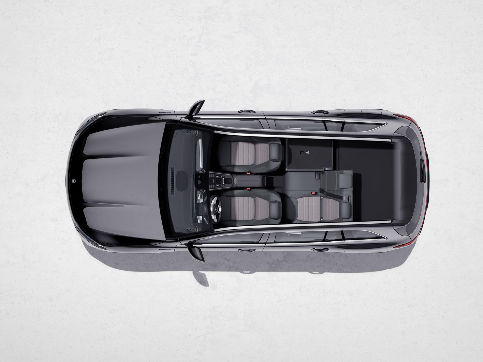 Mercedes-Benz-EQB-39