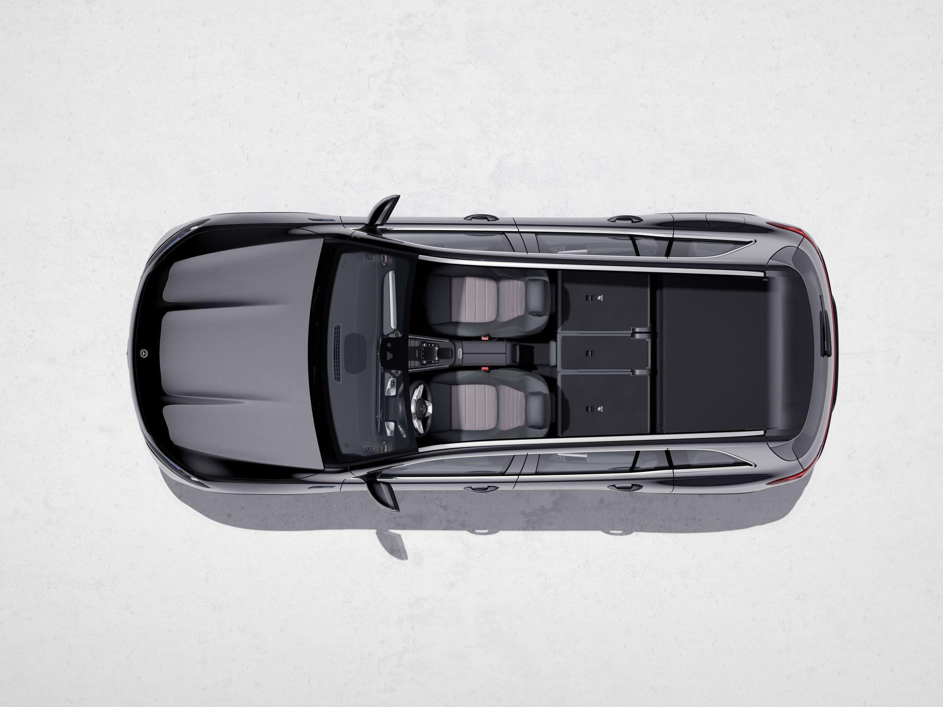 Mercedes-Benz-EQB-41