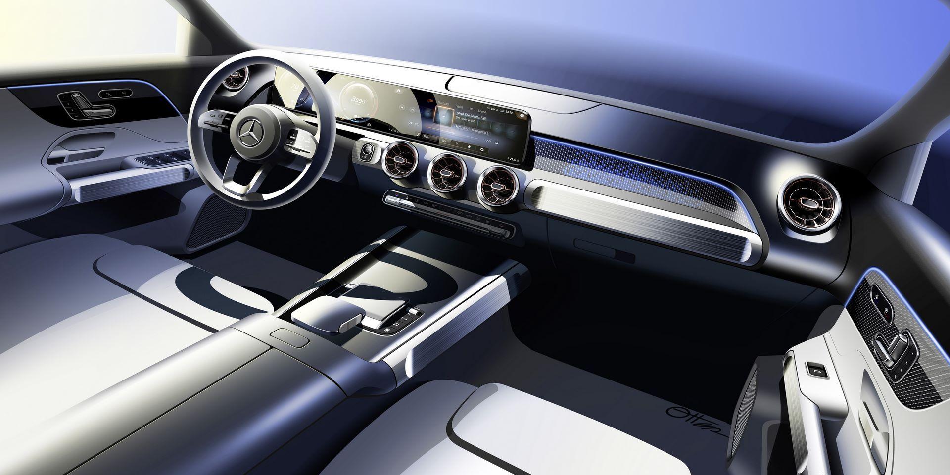 Mercedes-Benz-EQB-46