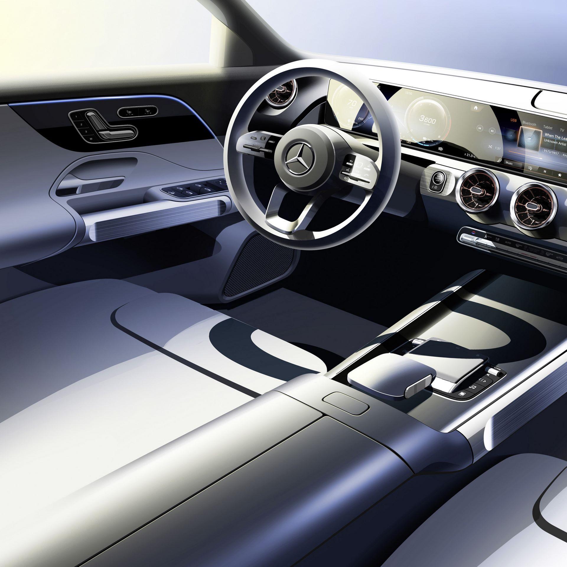 Mercedes-Benz-EQB-47