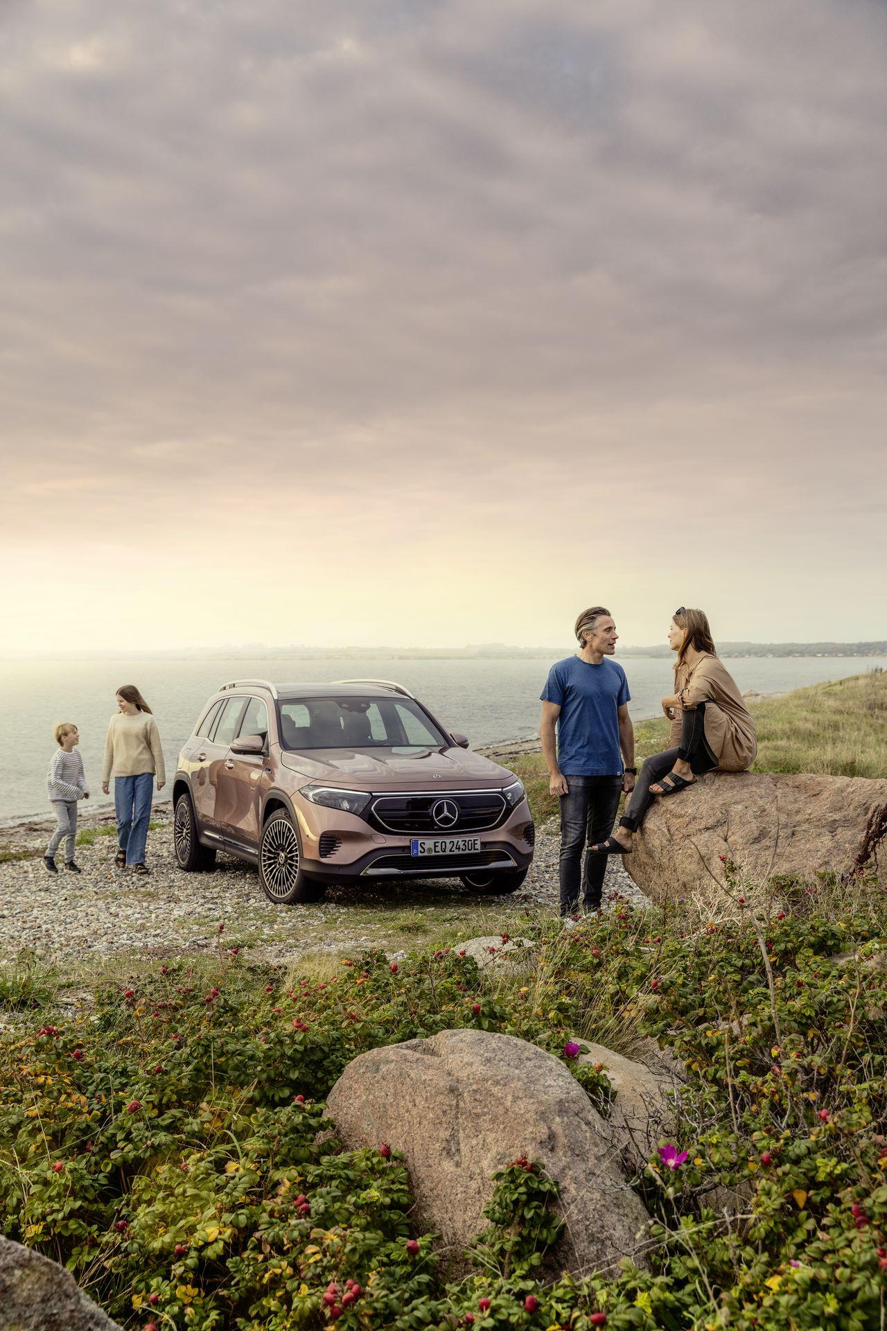 Mercedes-Benz-EQB-6