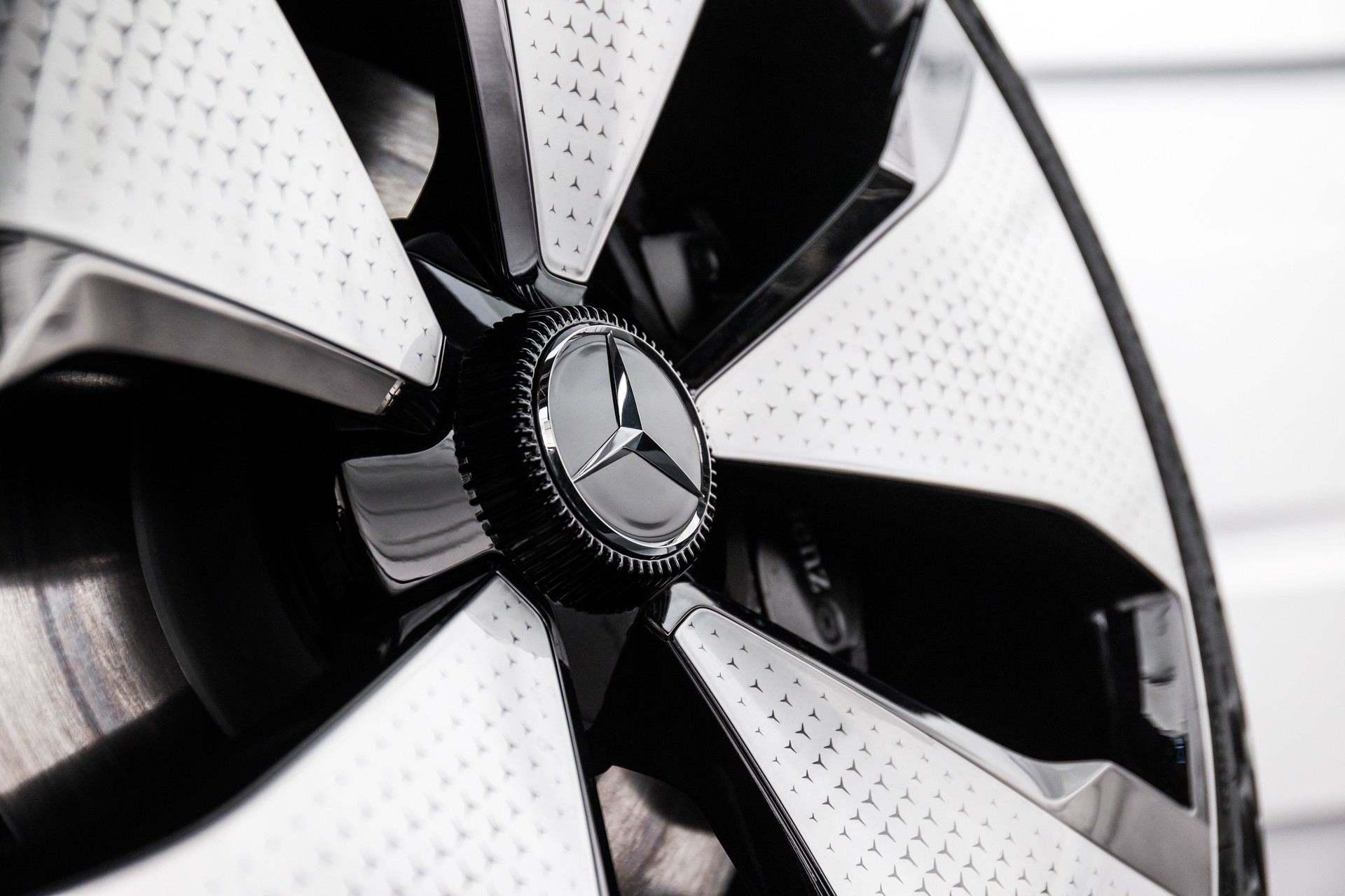 Mercedes-Benz_EQT-Concept-0009