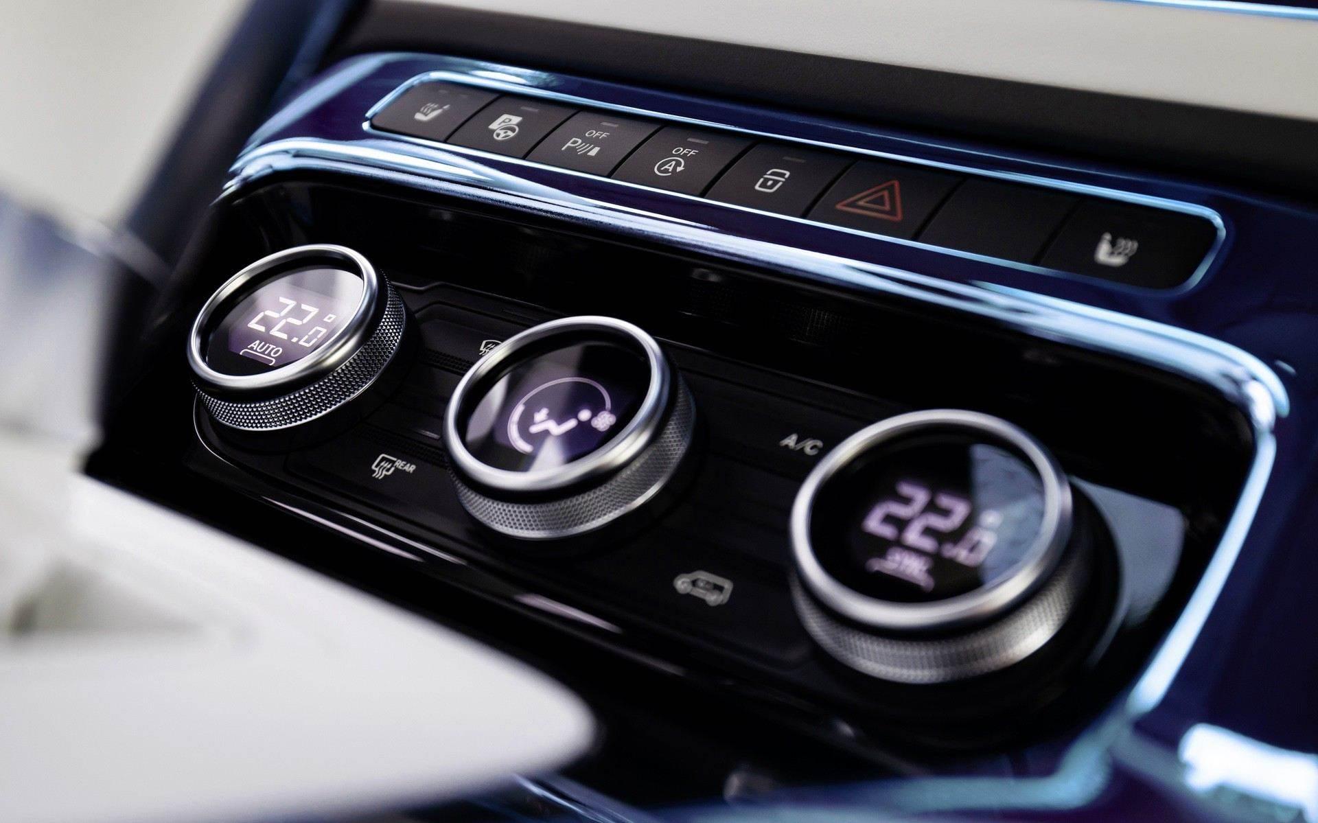 Mercedes-Benz_EQT-Concept-0014