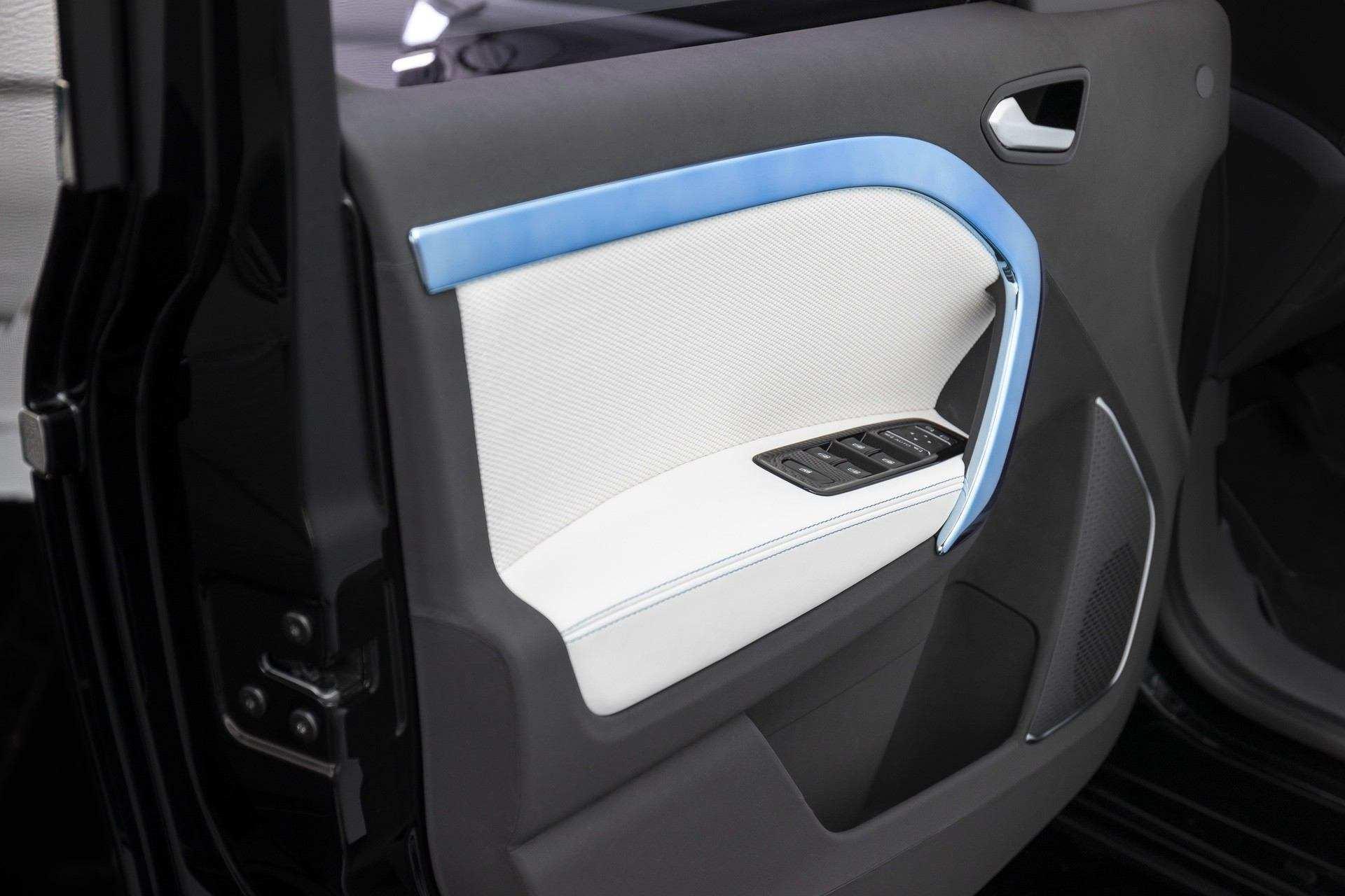 Mercedes-Benz_EQT-Concept-0018