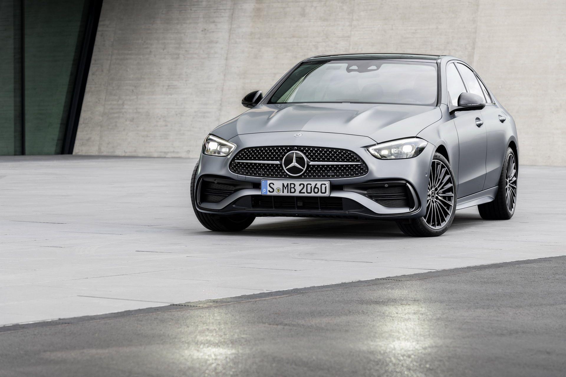 Mercedes-C-Class-2021-1