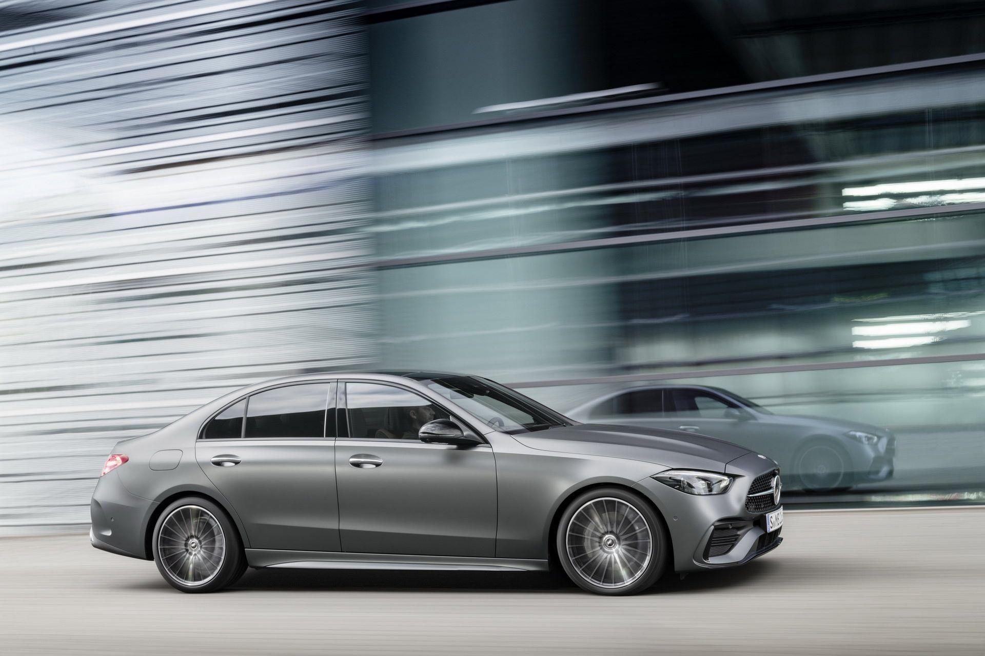 Mercedes-C-Class-2021-10