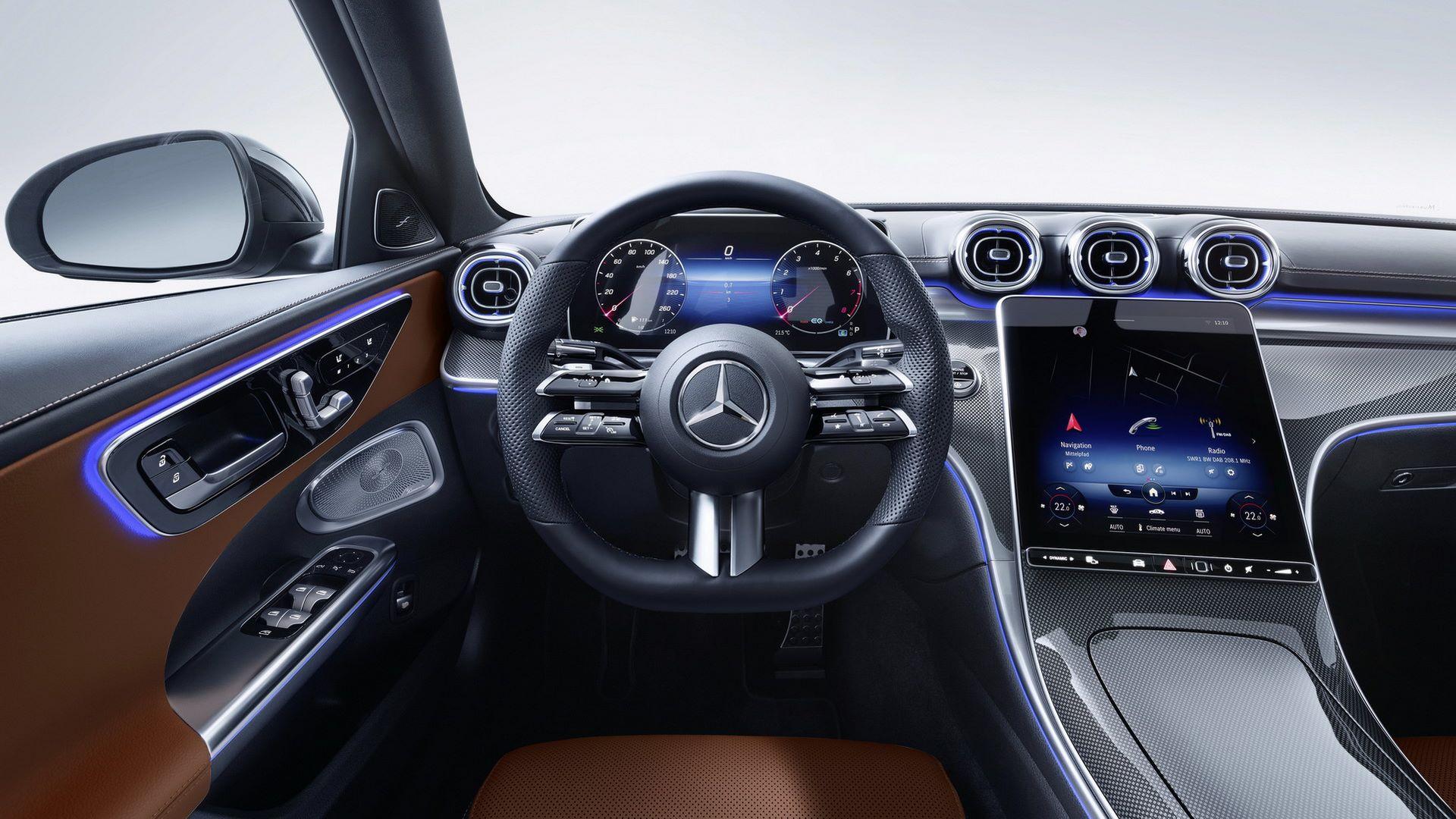 Mercedes-C-Class-2021-106