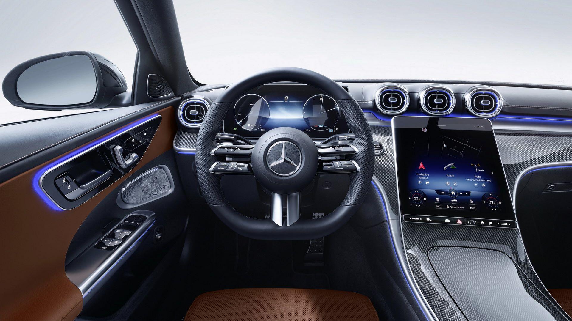 Mercedes-C-Class-2021-108