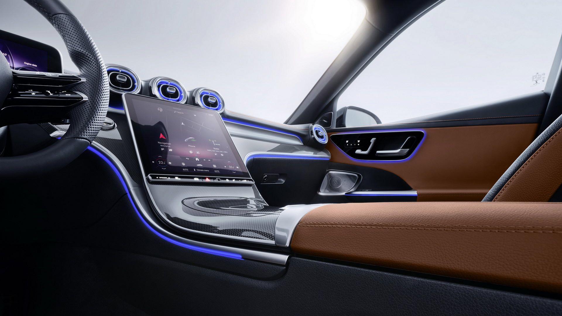 Mercedes-C-Class-2021-109