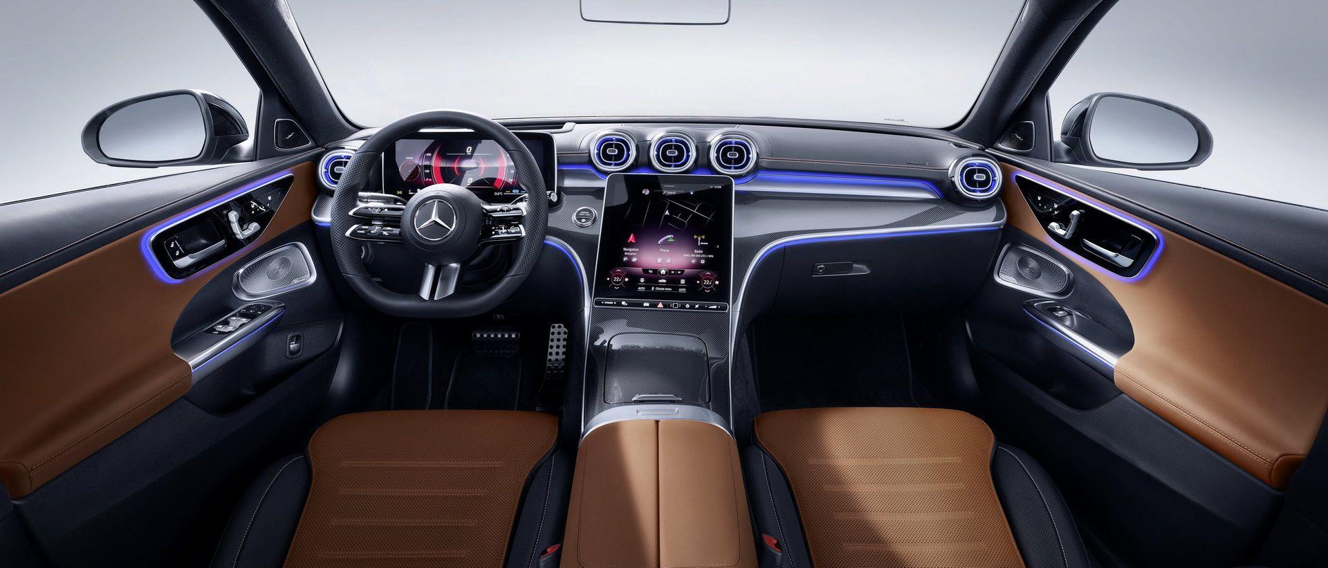 Mercedes-C-Class-2021-111