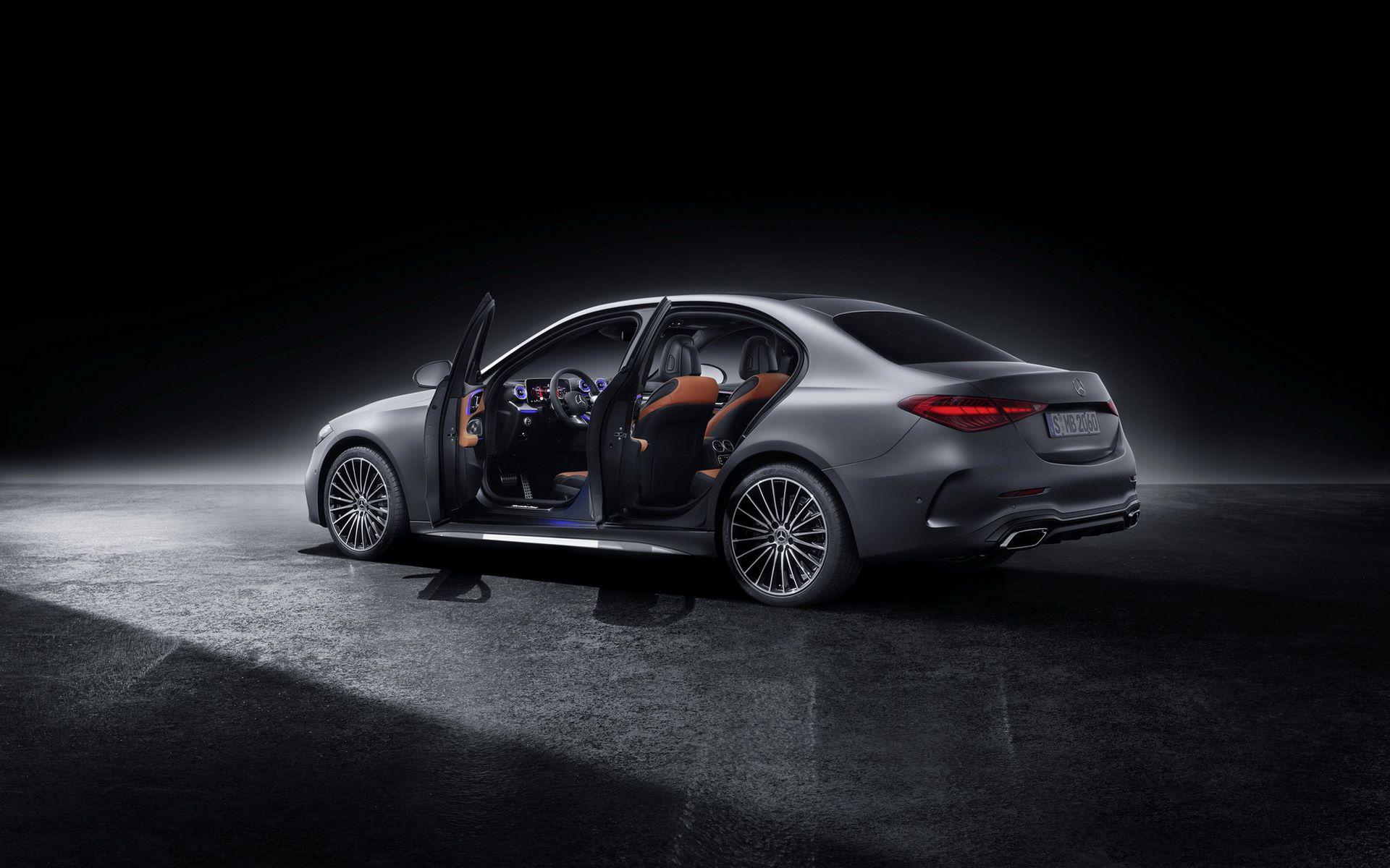 Mercedes-C-Class-2021-115