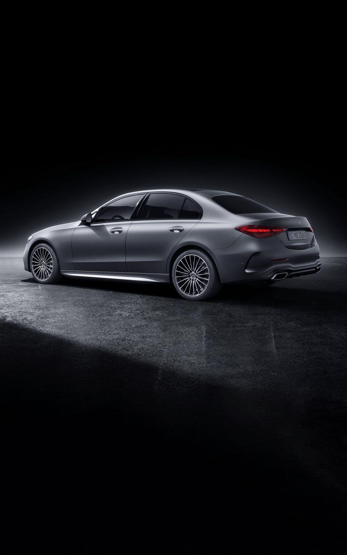 Mercedes-C-Class-2021-123