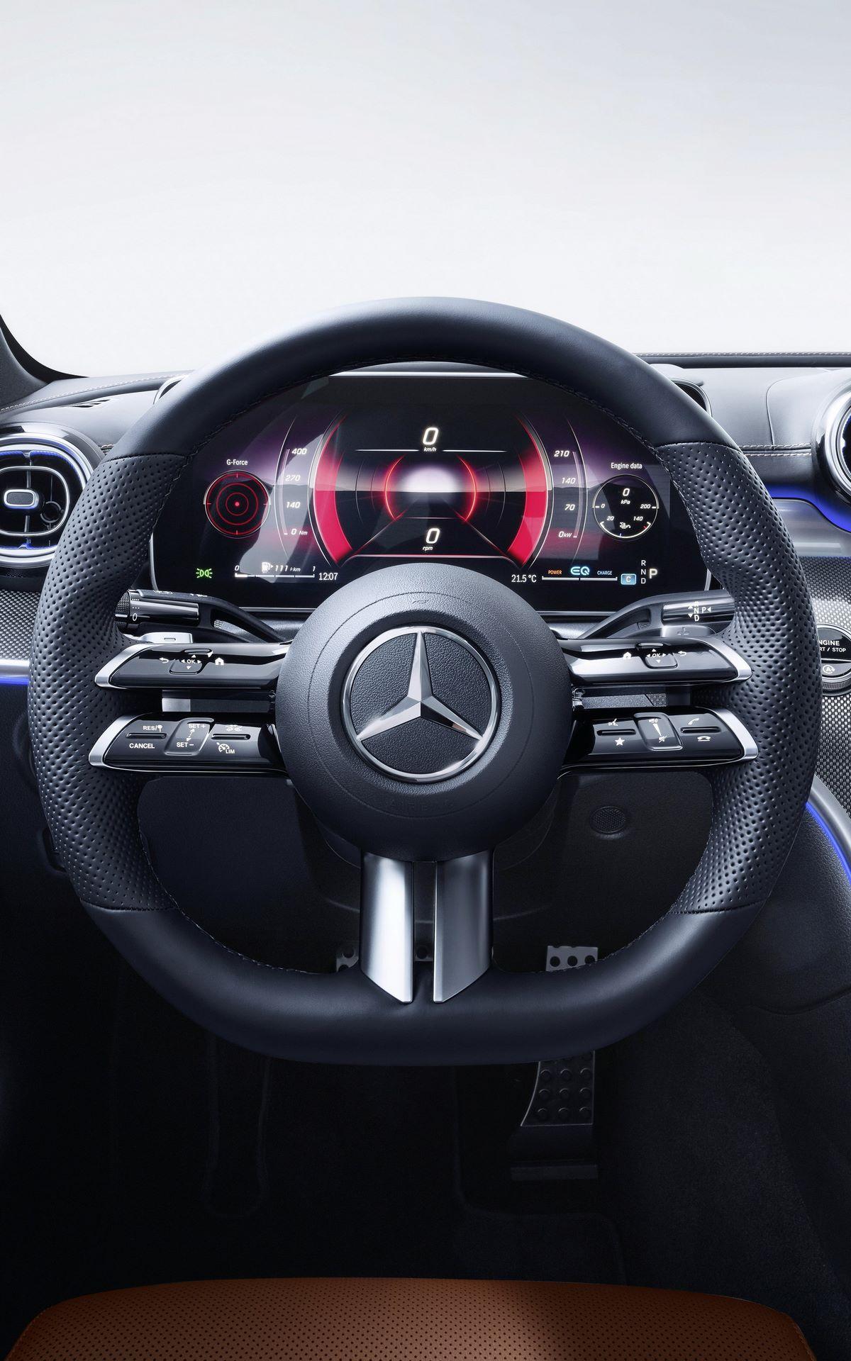 Mercedes-C-Class-2021-130