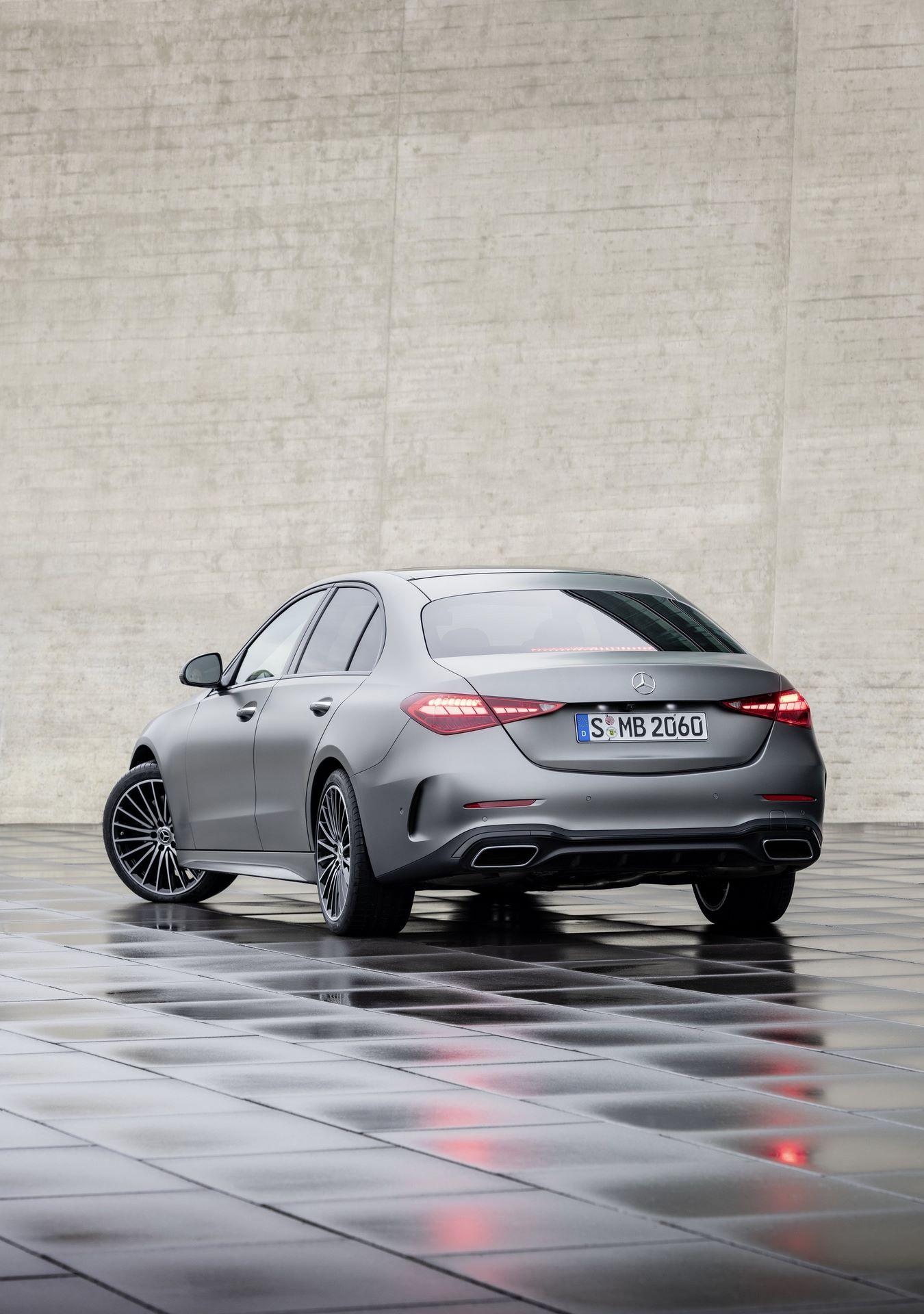 Mercedes-C-Class-2021-22