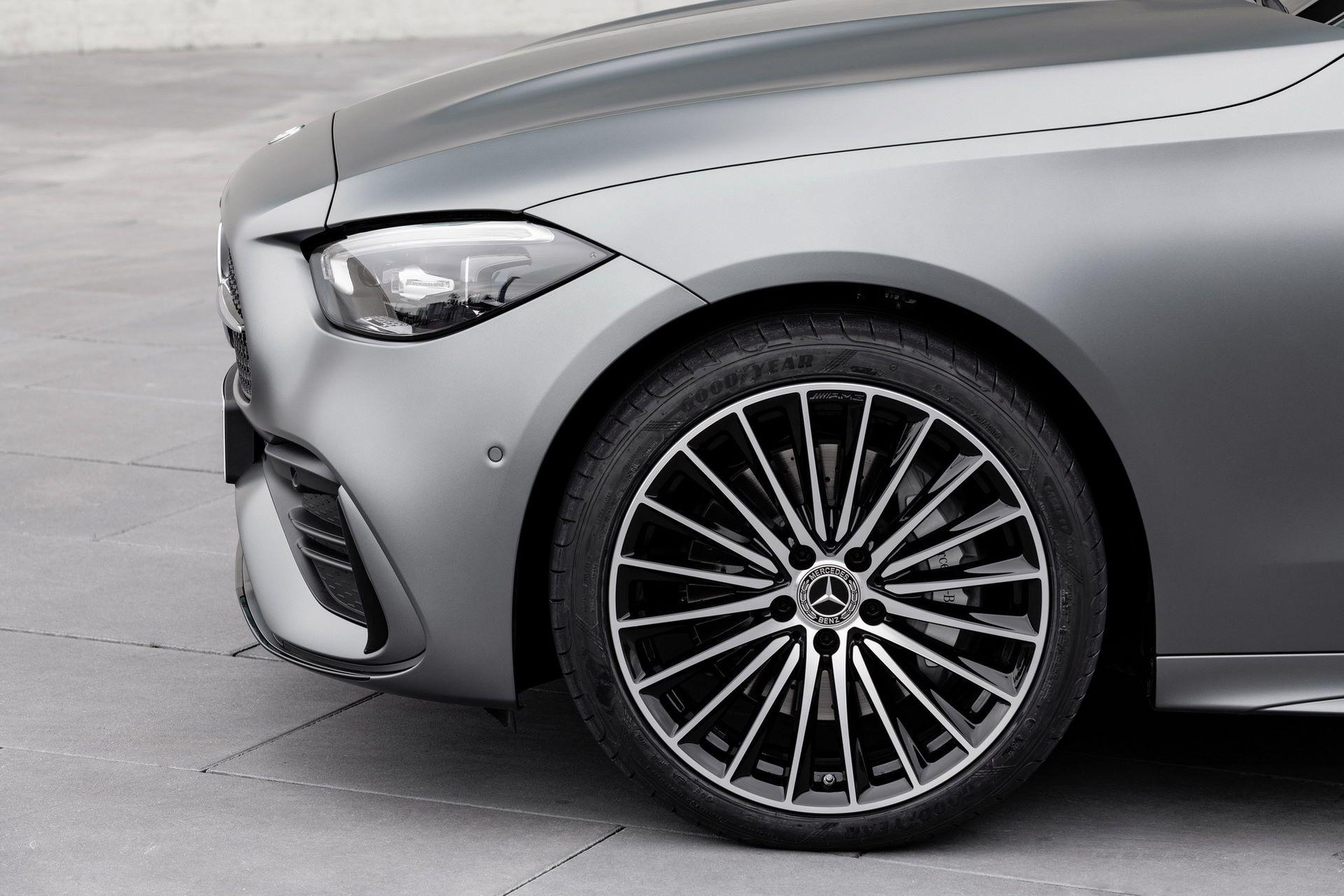 Mercedes-C-Class-2021-33