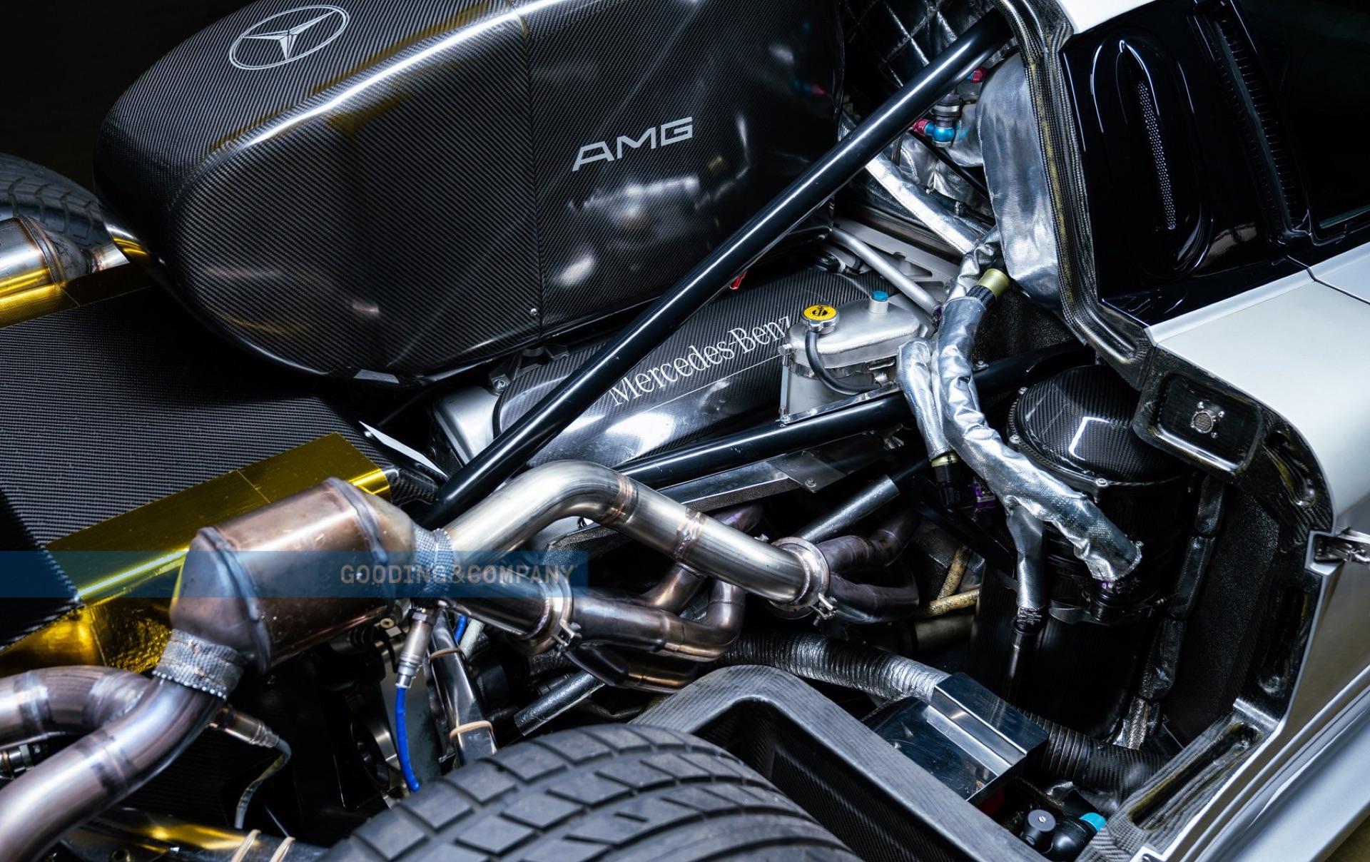 1998_Mercedes-Benz_CLK_GTR_sale-0012